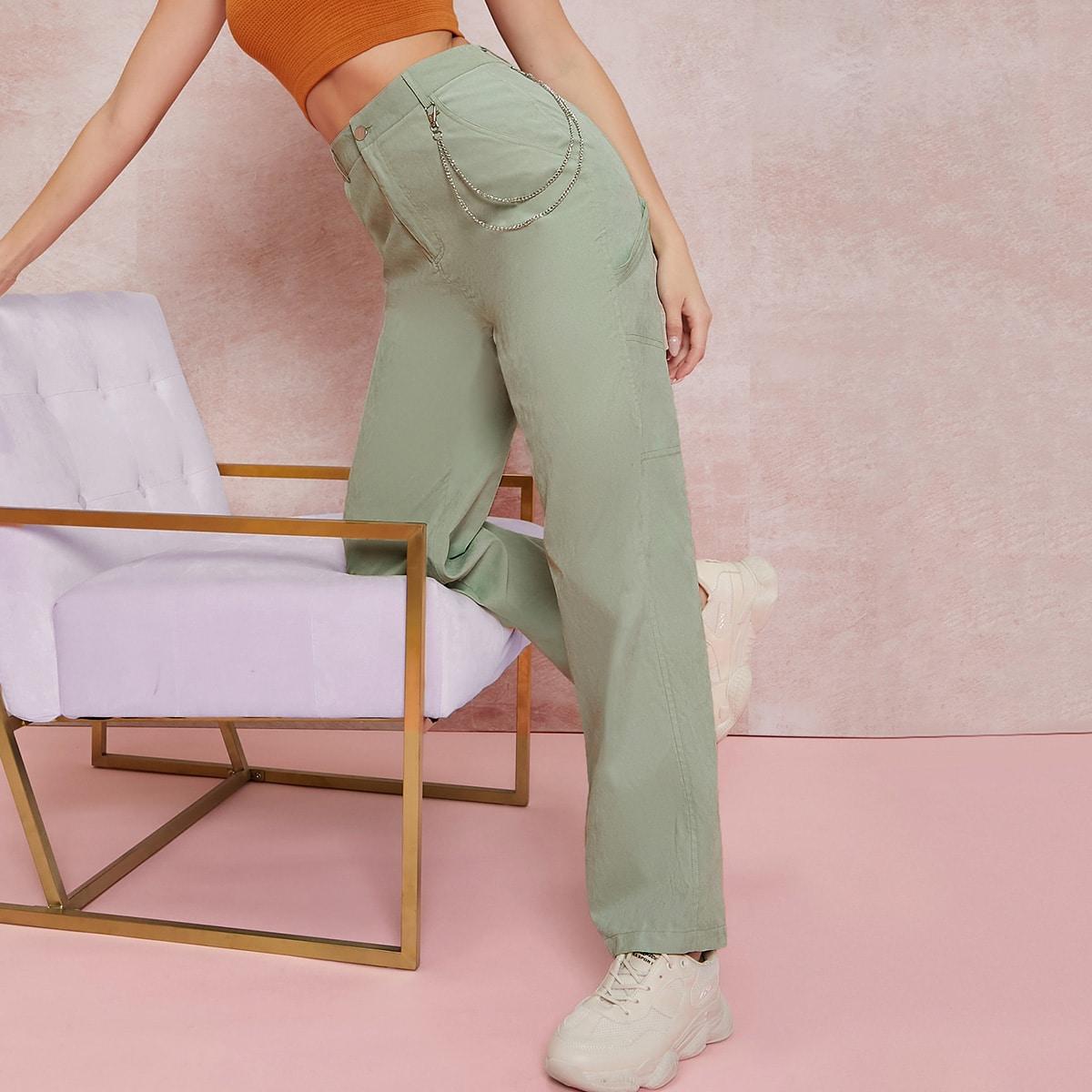 Einfarbige Hose mit Kette Detail und geradem Beinschnitt