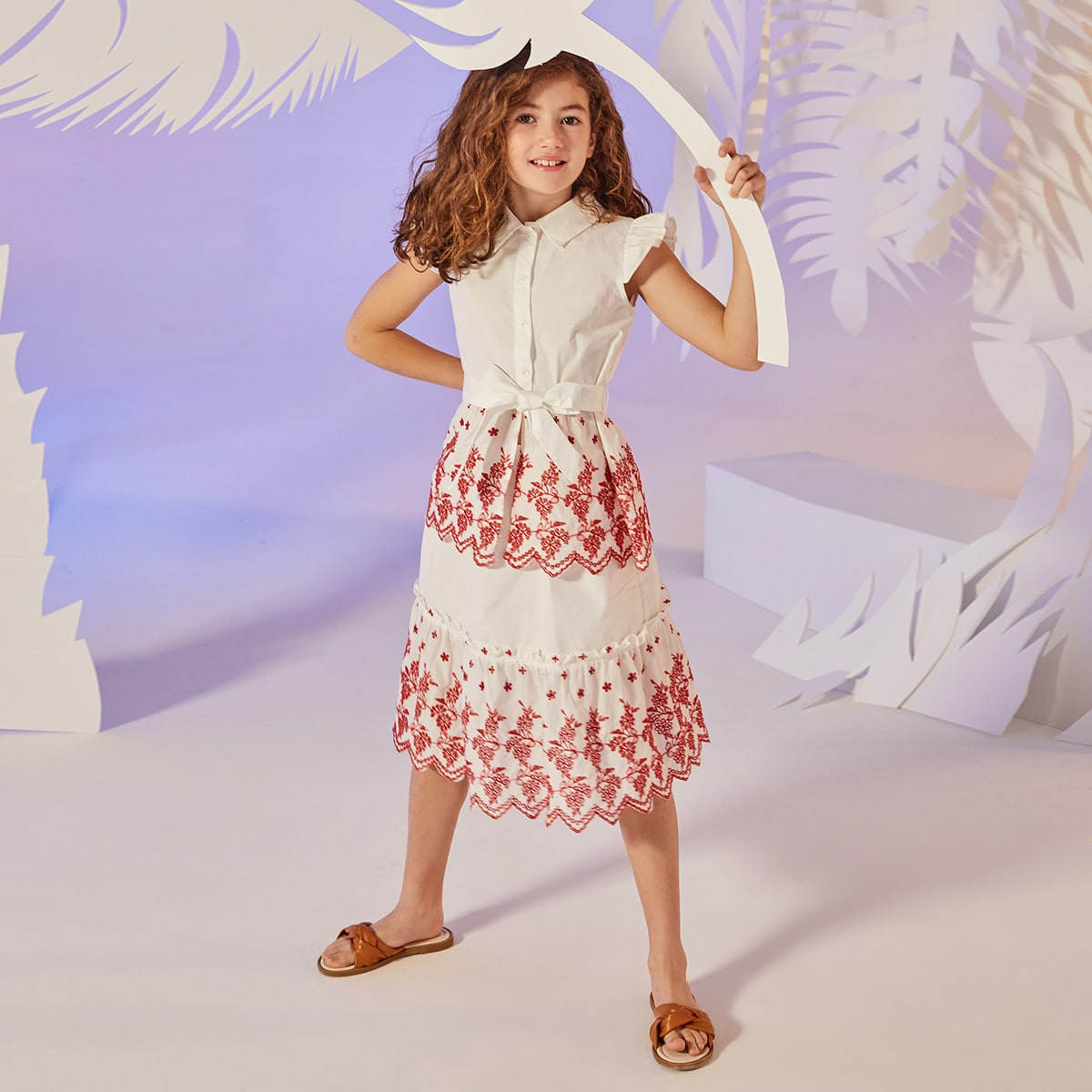 SHEIN / Girls Ruffle Trim Floral Eyelet Embroidered Belted Blouse & Skirt Set