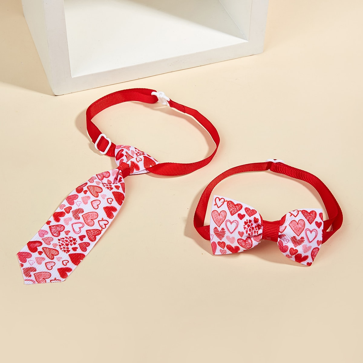 2 Stücke Haustier Schleife mit Herzen Muster & Krawatte Set
