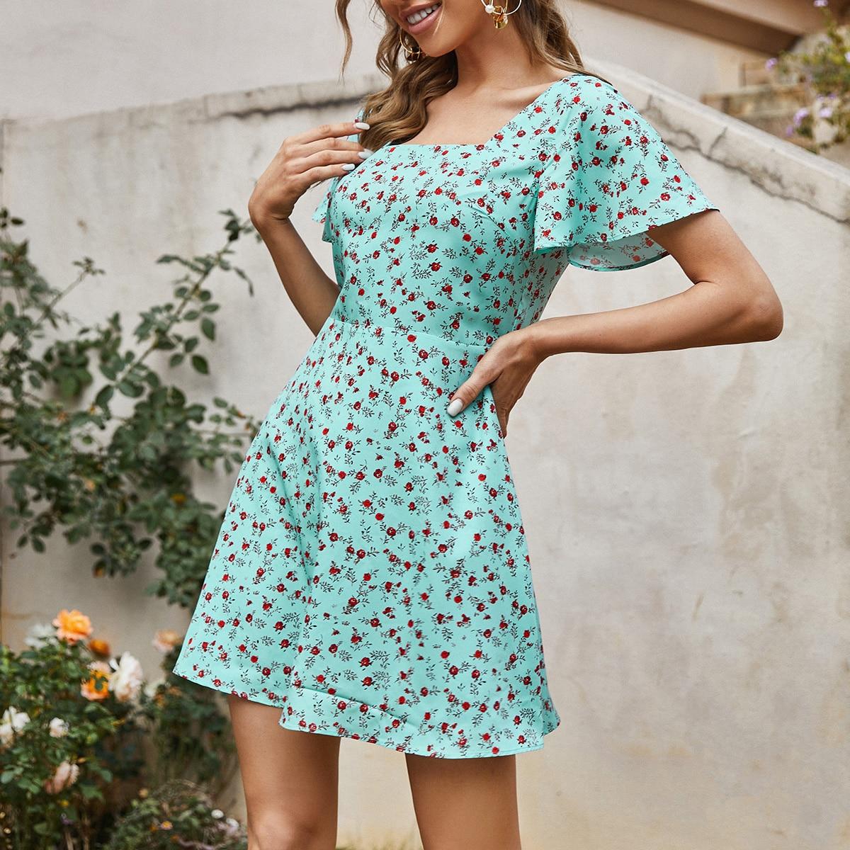 Платье С Цветочным Принтом И Квадратным Воротником