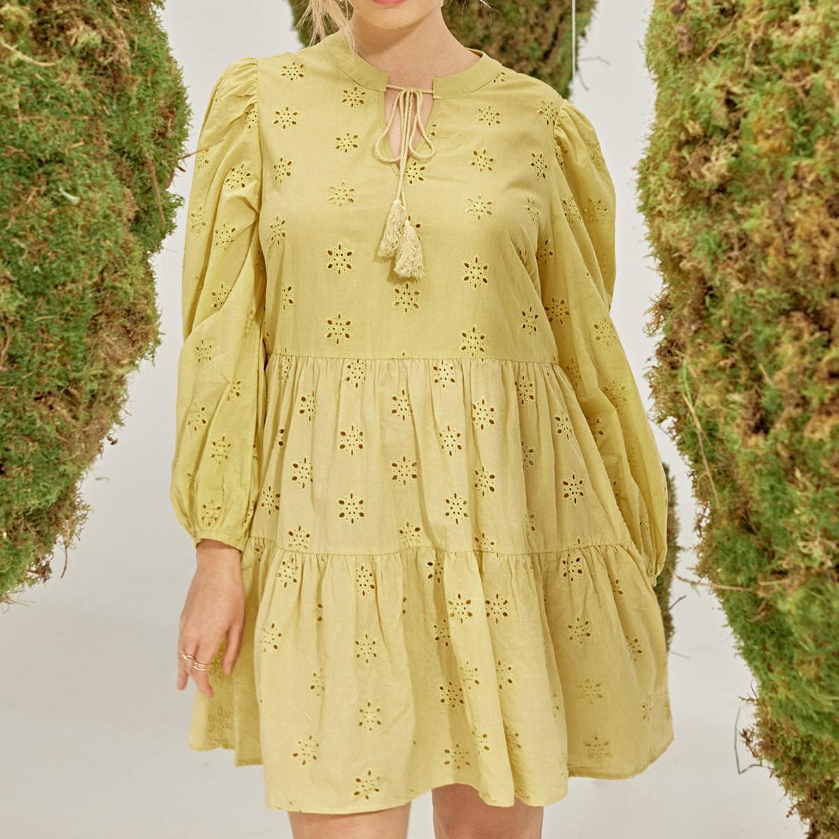 Платье размера плюс с бахромой и оборкой