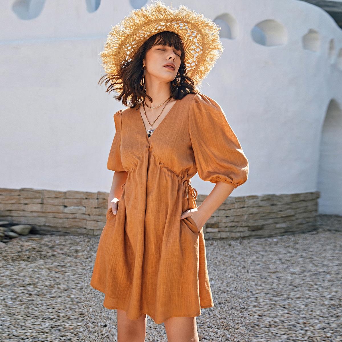 Платье с рукавами фонариками и двойным v-образным воротником по цене 1 168