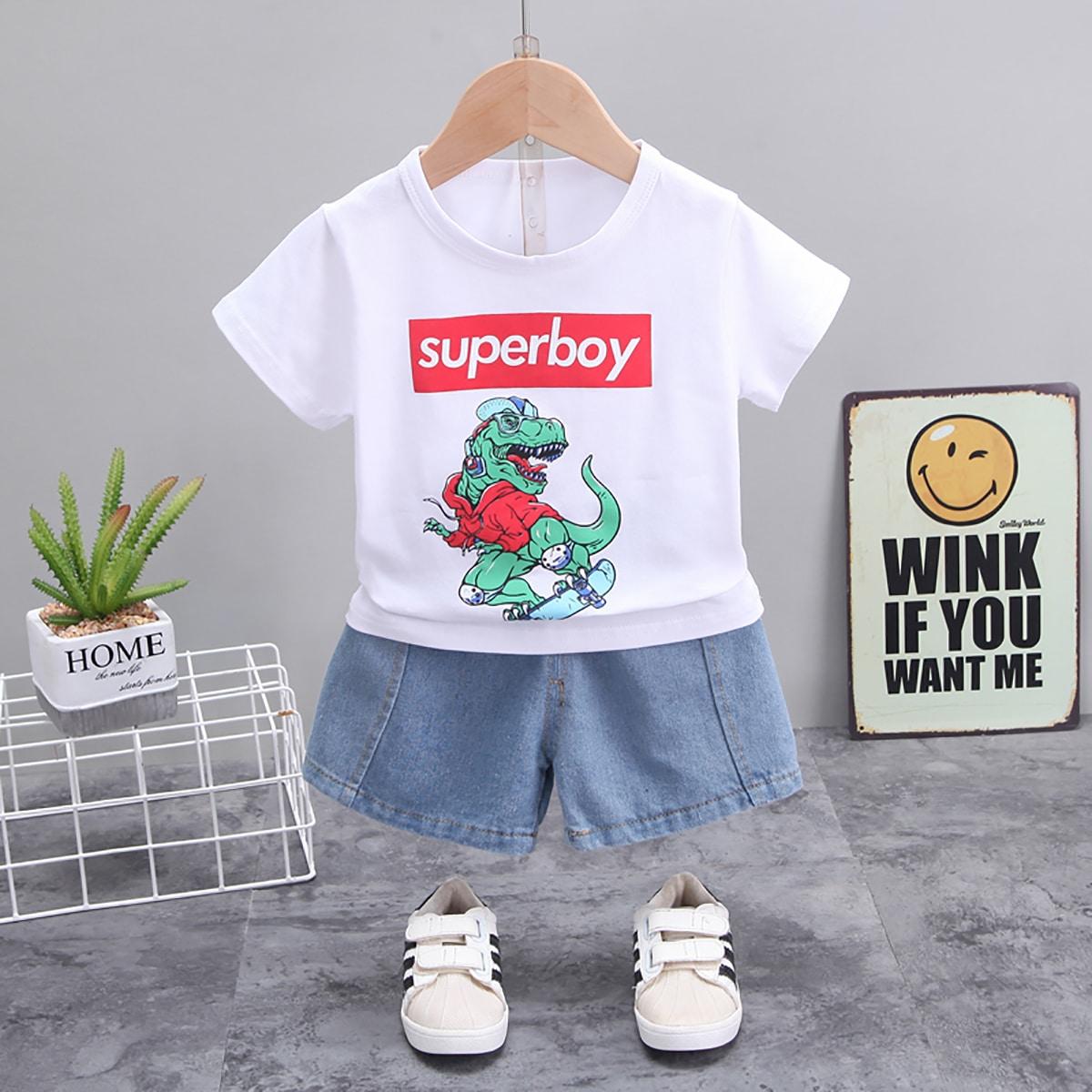 Джинсовые шорты и футболка с принтом динозавра для мальчиков по цене 820
