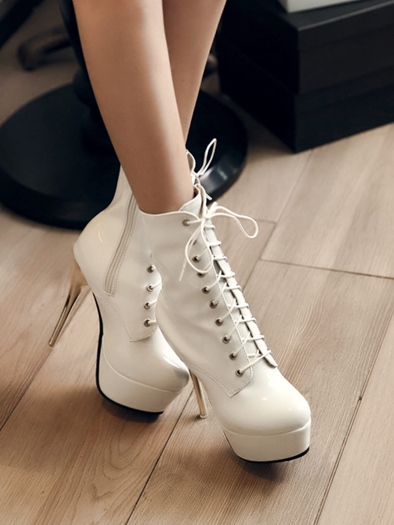 Lace Up Front Stiletto Heeled Platform Boots