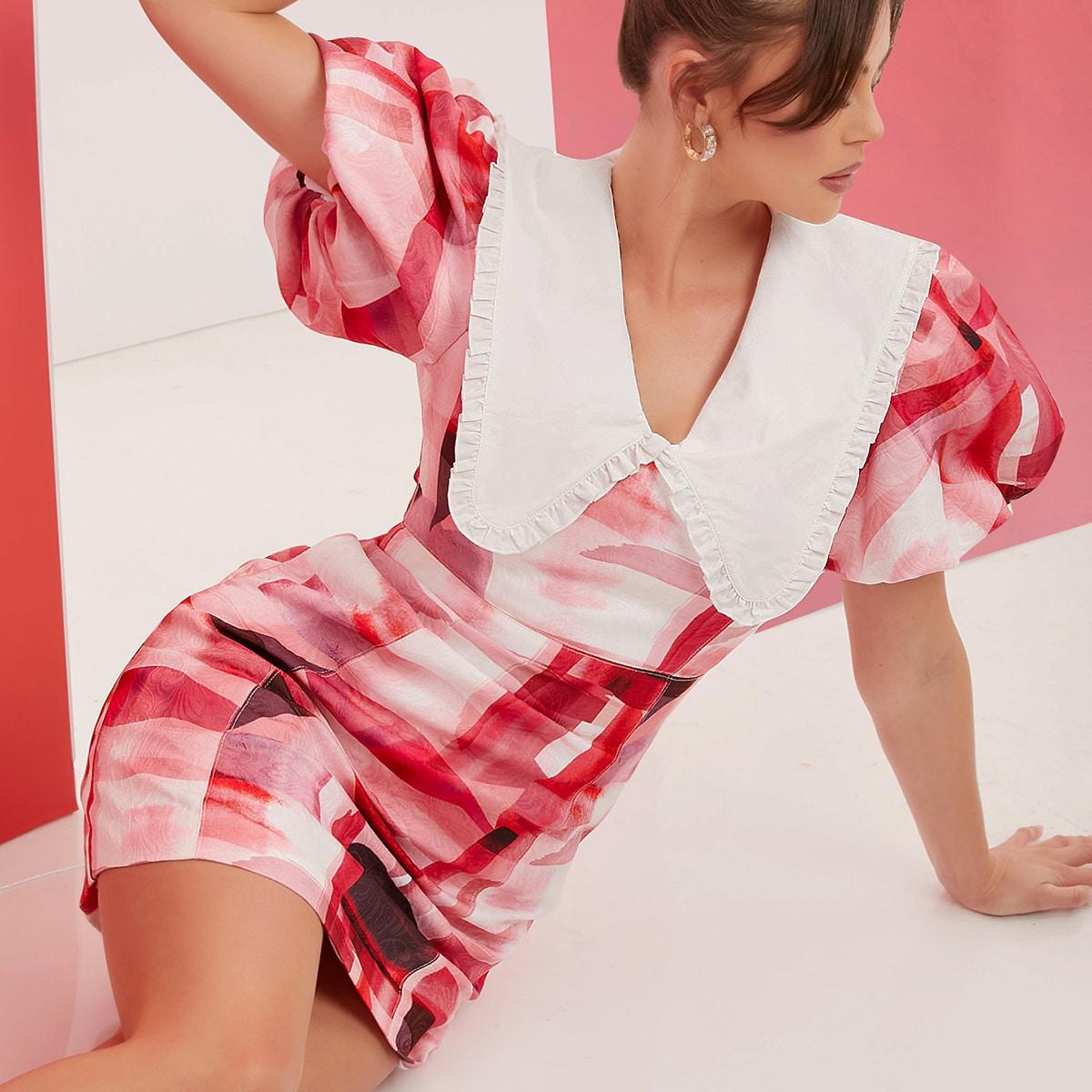 Платье с контрастным воротником, пышными рукавами и принтом