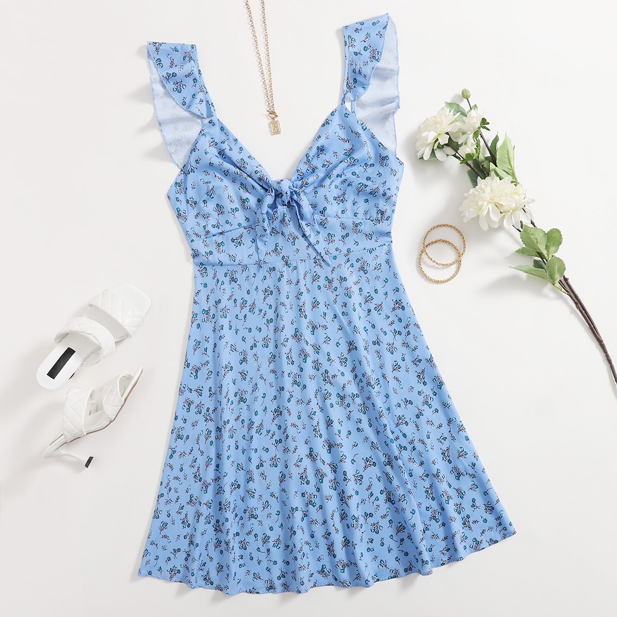 Платье с цветочным принтом, узлом и оборкой размера плюс