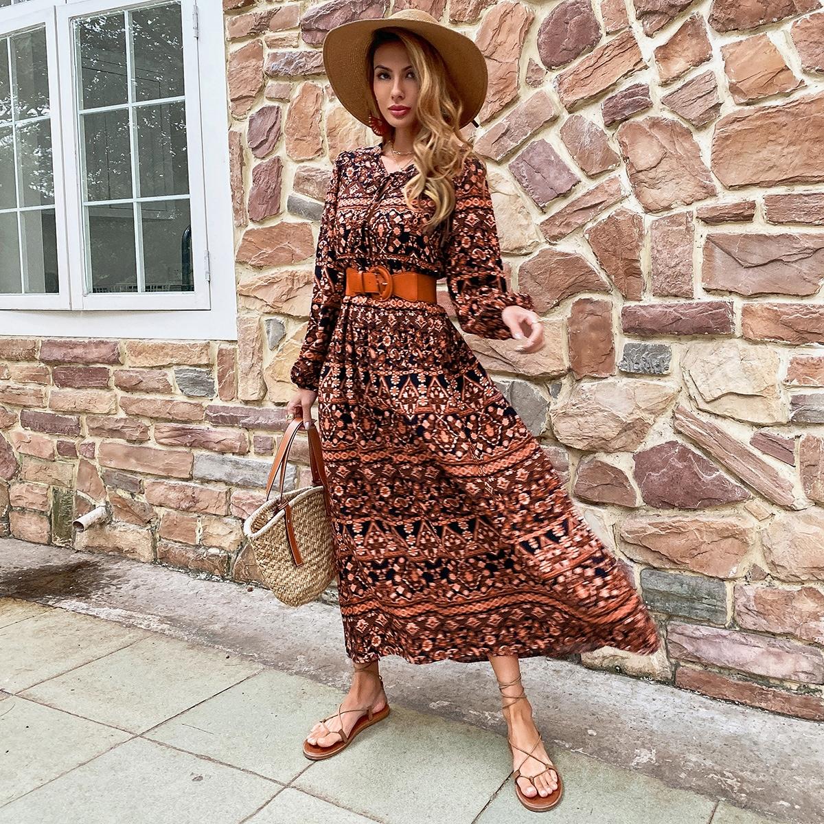 Длинное платье с узлом и принтом пейсли