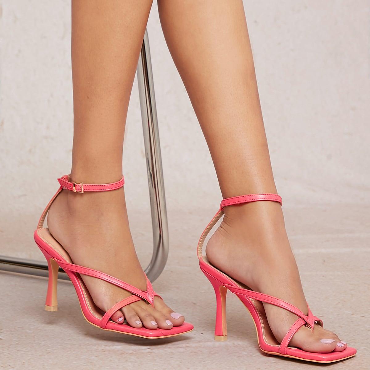 Кожаные туфли на каблуках от SHEIN