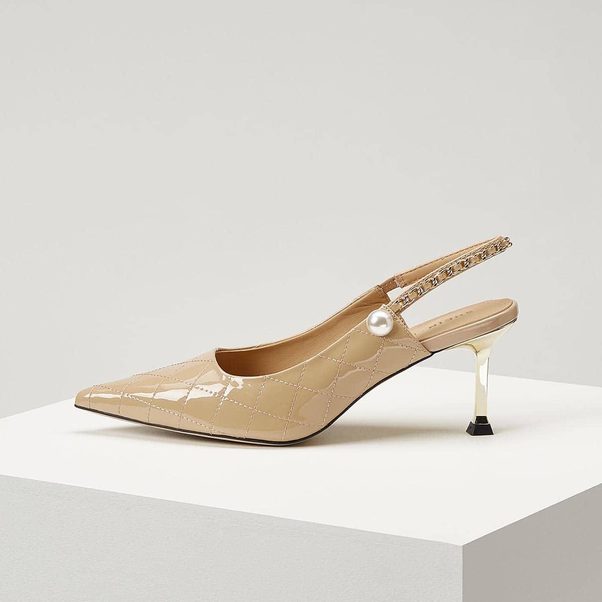 Стеганые кожаные туфли с цепочкой от SHEIN