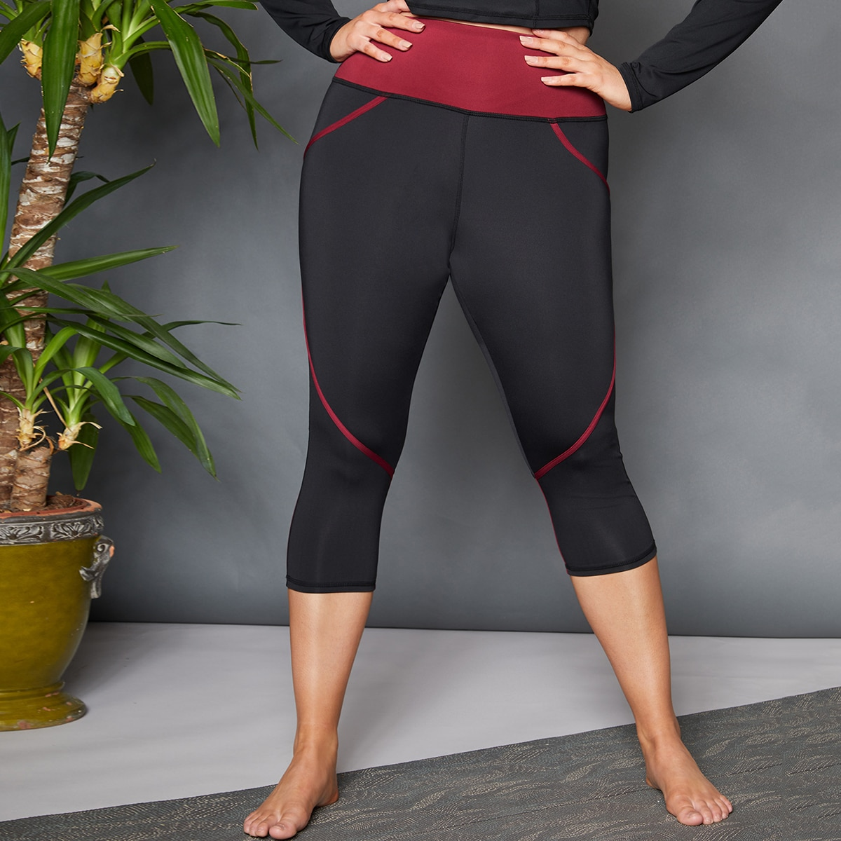 Capris Sports Leggings mit Kontrast Einsatz