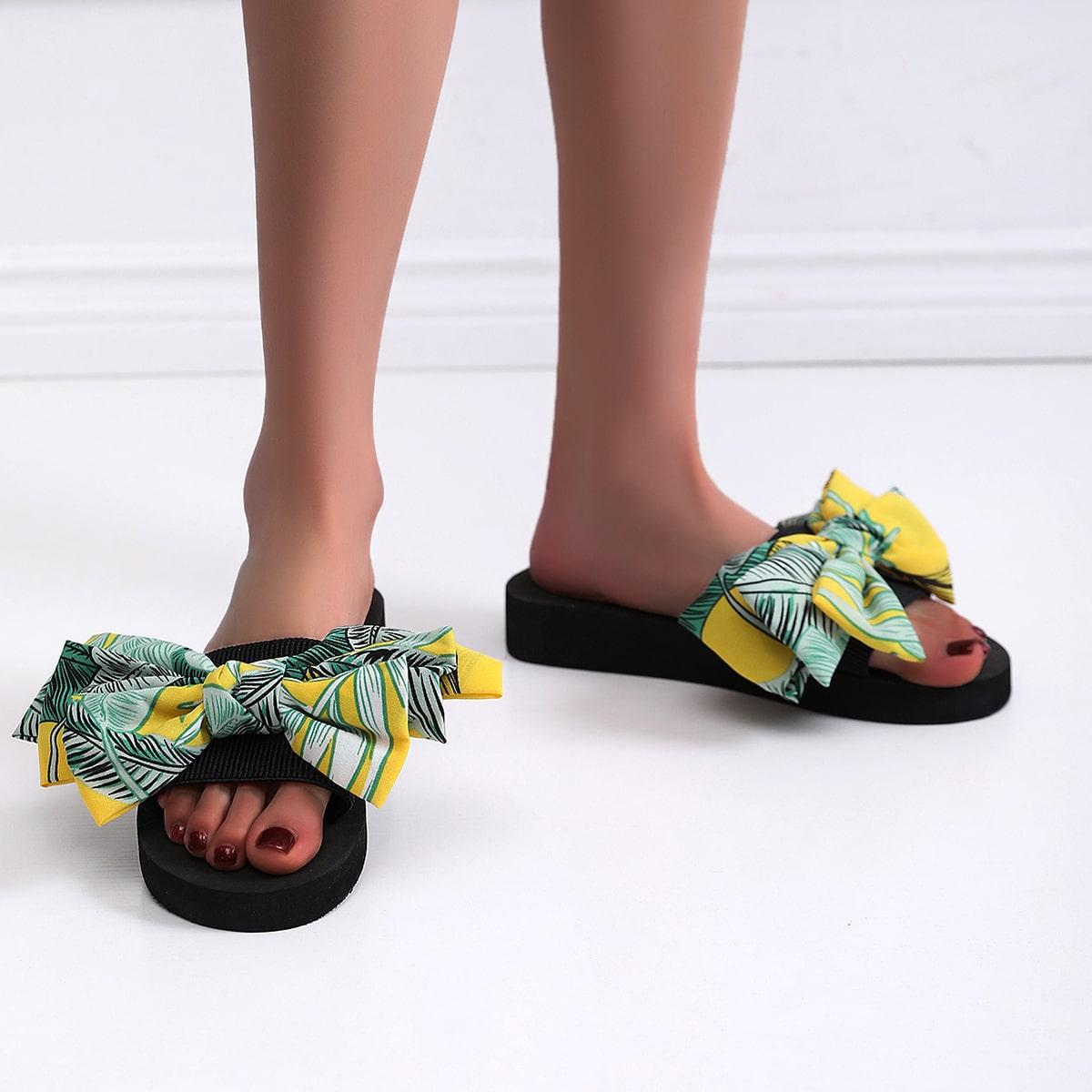 SHEIN Modieus Tropisch Slippers Boog