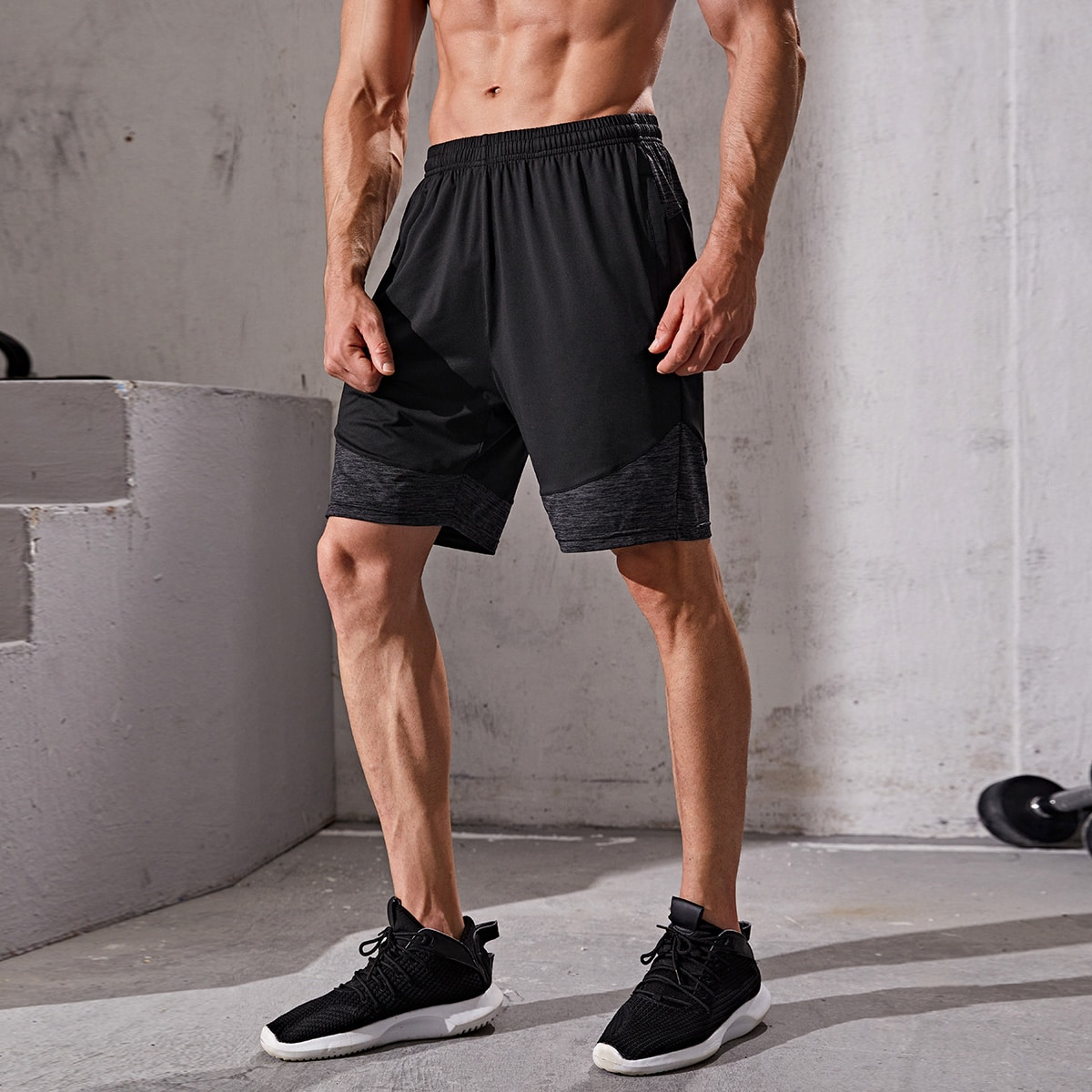 Спортивный Мужские спортивные шорты по цене 1 026