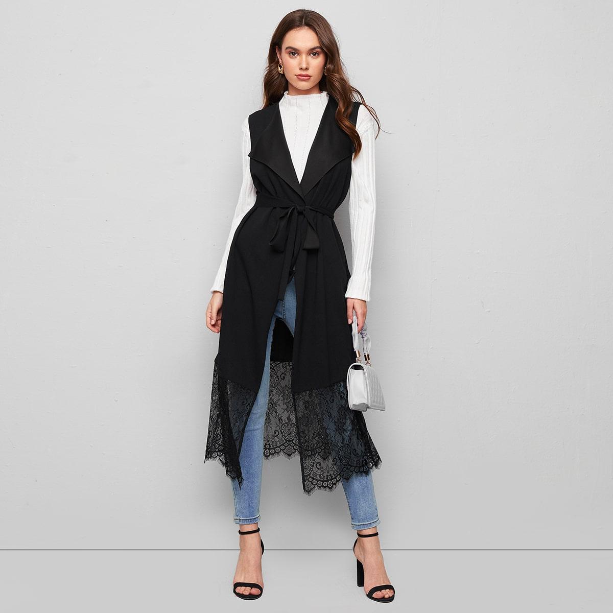 Пальто-жилет с поясом и кружевом по цене 930