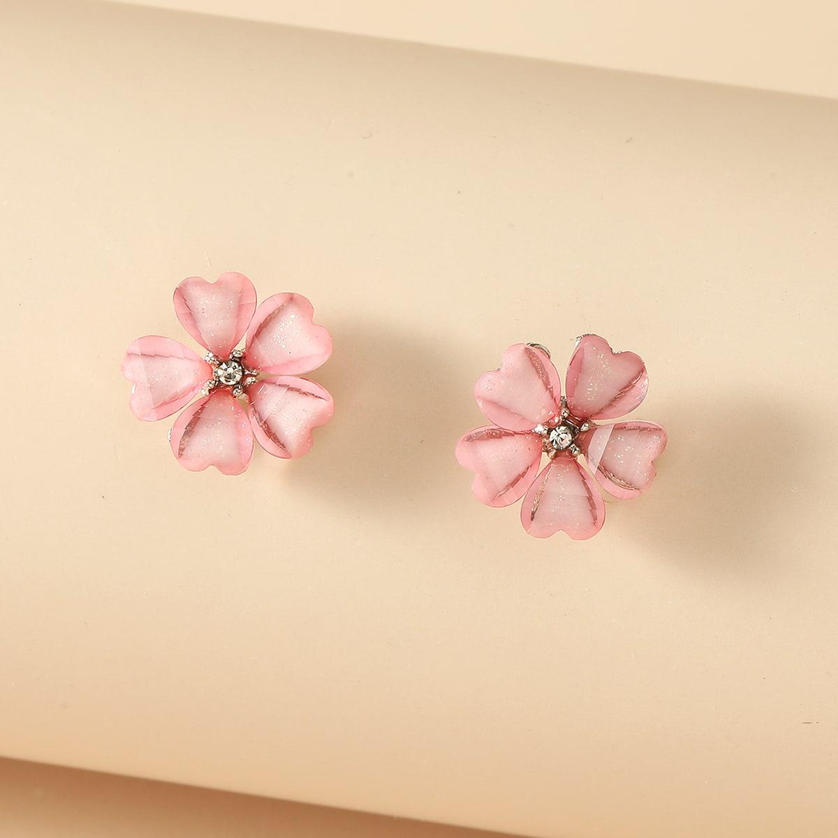 Mädchen Ohrstecker mit Blumen Design
