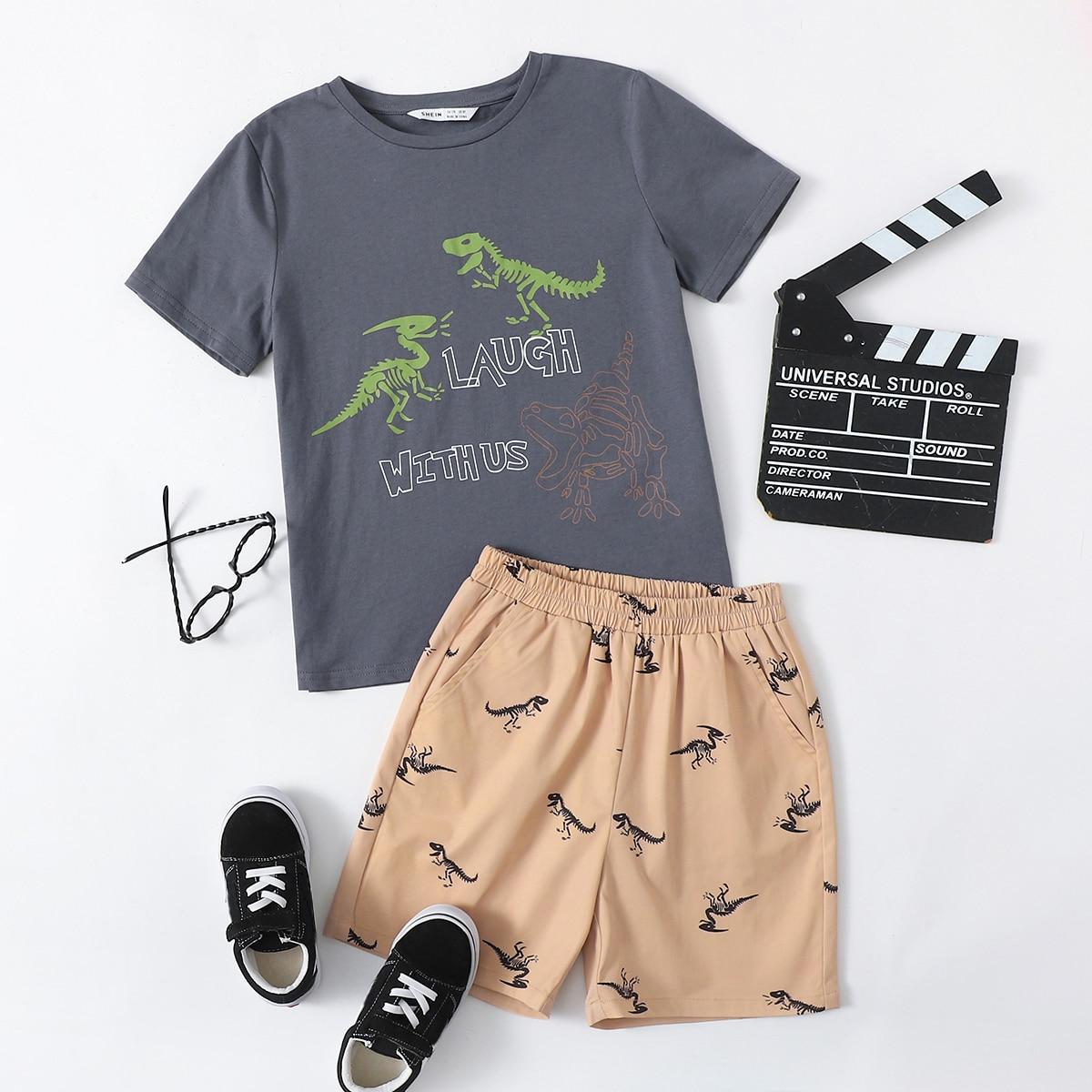 Шорты и футболка с принтом динозавра для мальчиков по цене 1 020
