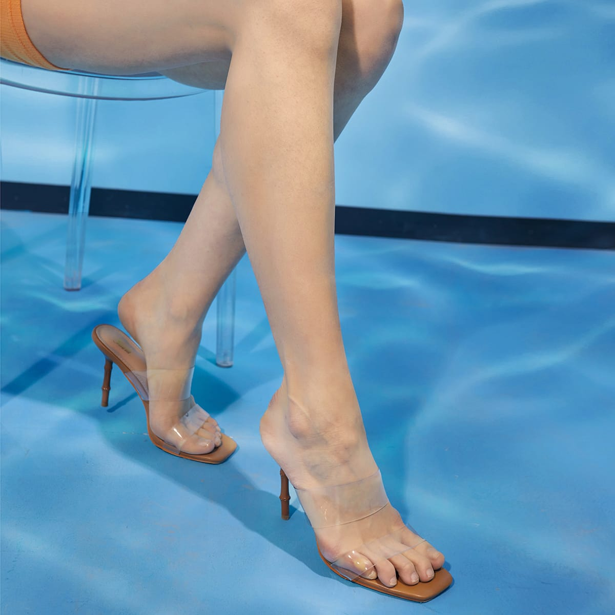 Прозрачные мюли на каблуках