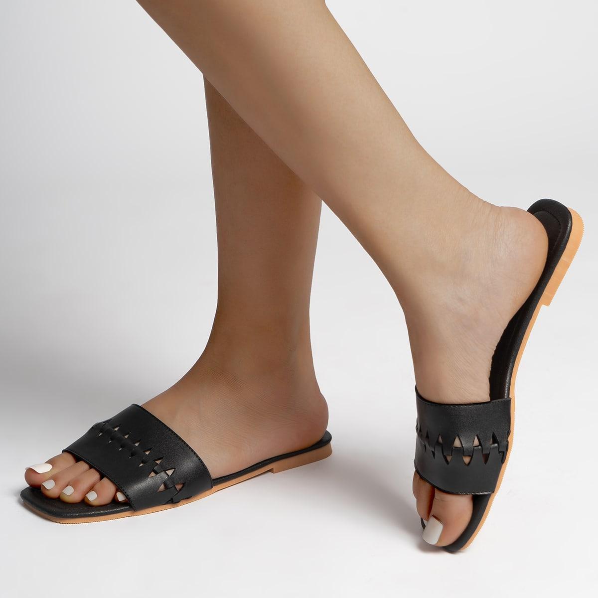 Ажурные сандалии