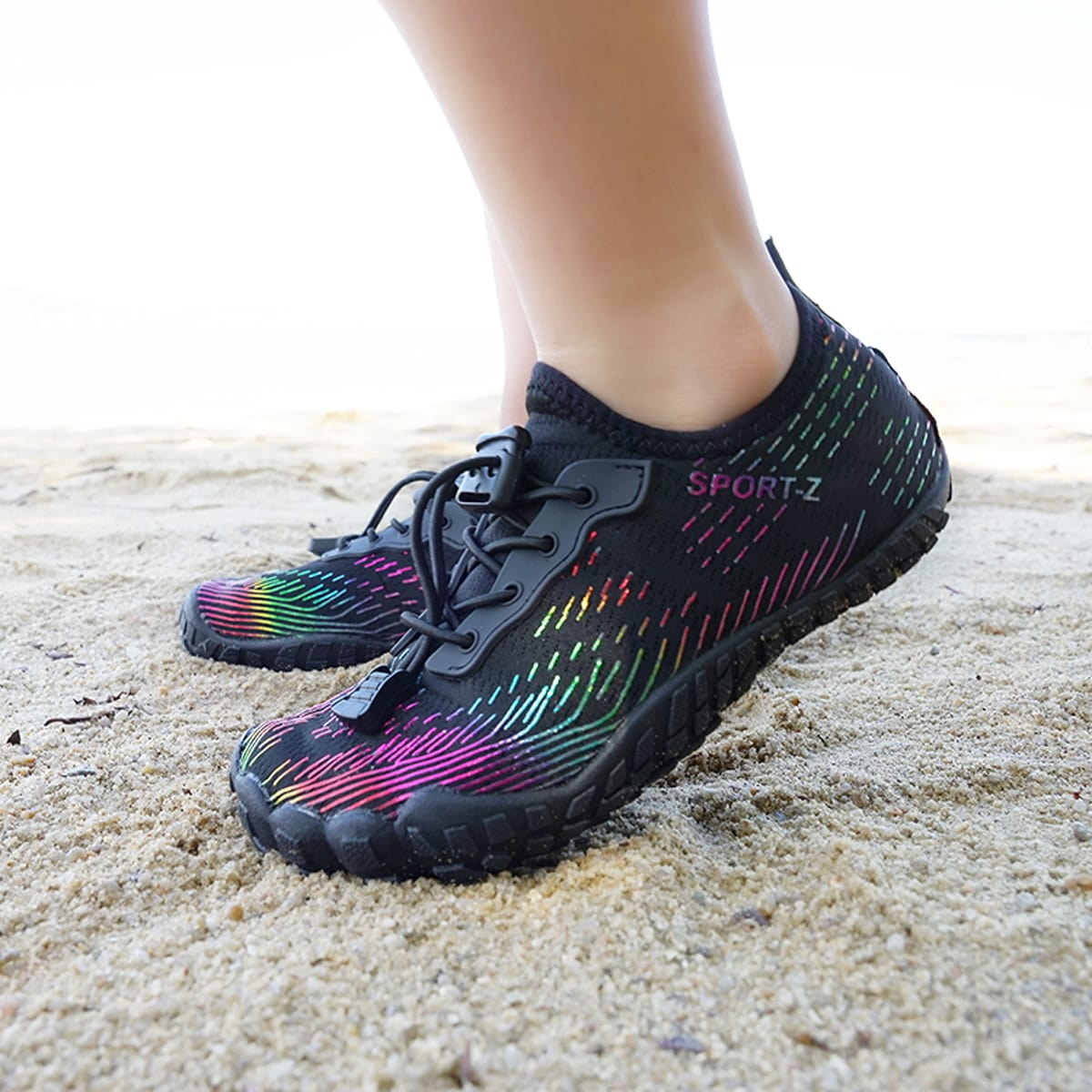 Водные туфли для мальчиков с текстовым рисунком на кулиске от SHEIN
