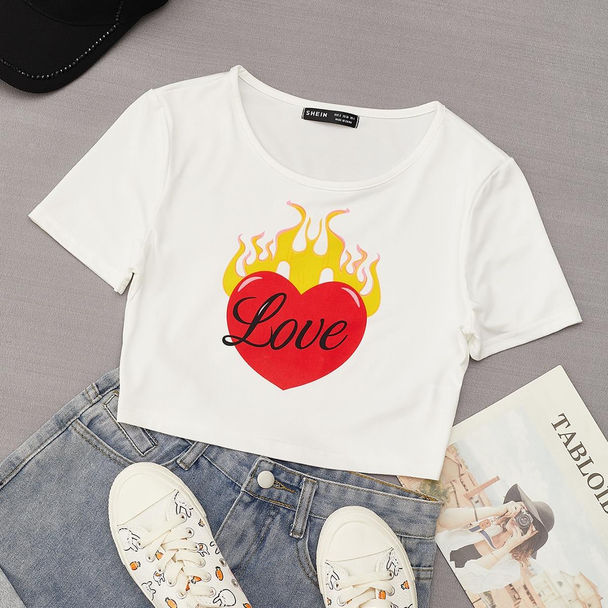 Короткая футболка с оригинальным принтом по цене 360