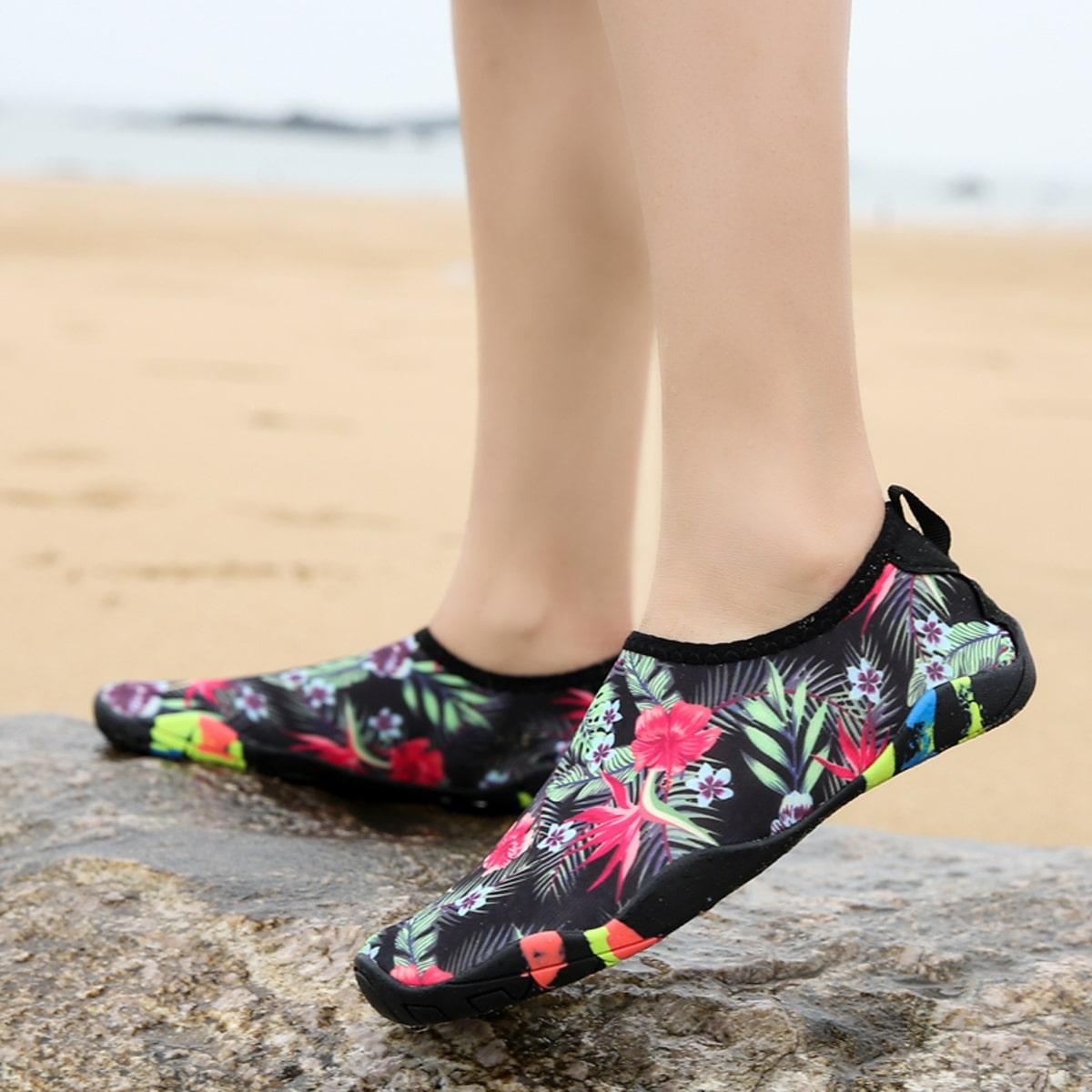 Водные туфли для мальчиков с цветочным рисунком от SHEIN