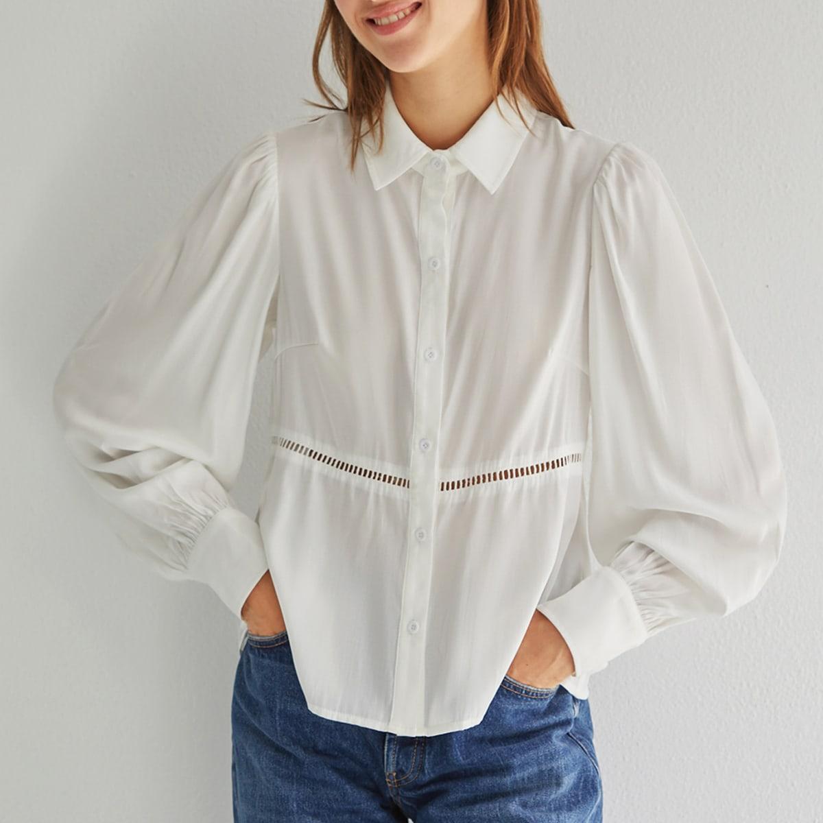 Блузка с рукавами фонариками и кружевной вставкой по цене 672