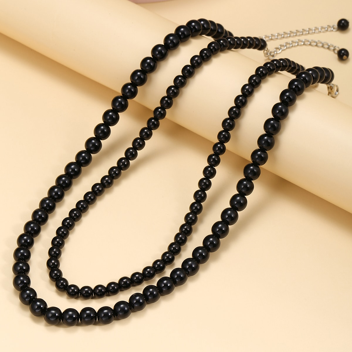 Round Beaded Necklace, SHEIN  - buy with discount