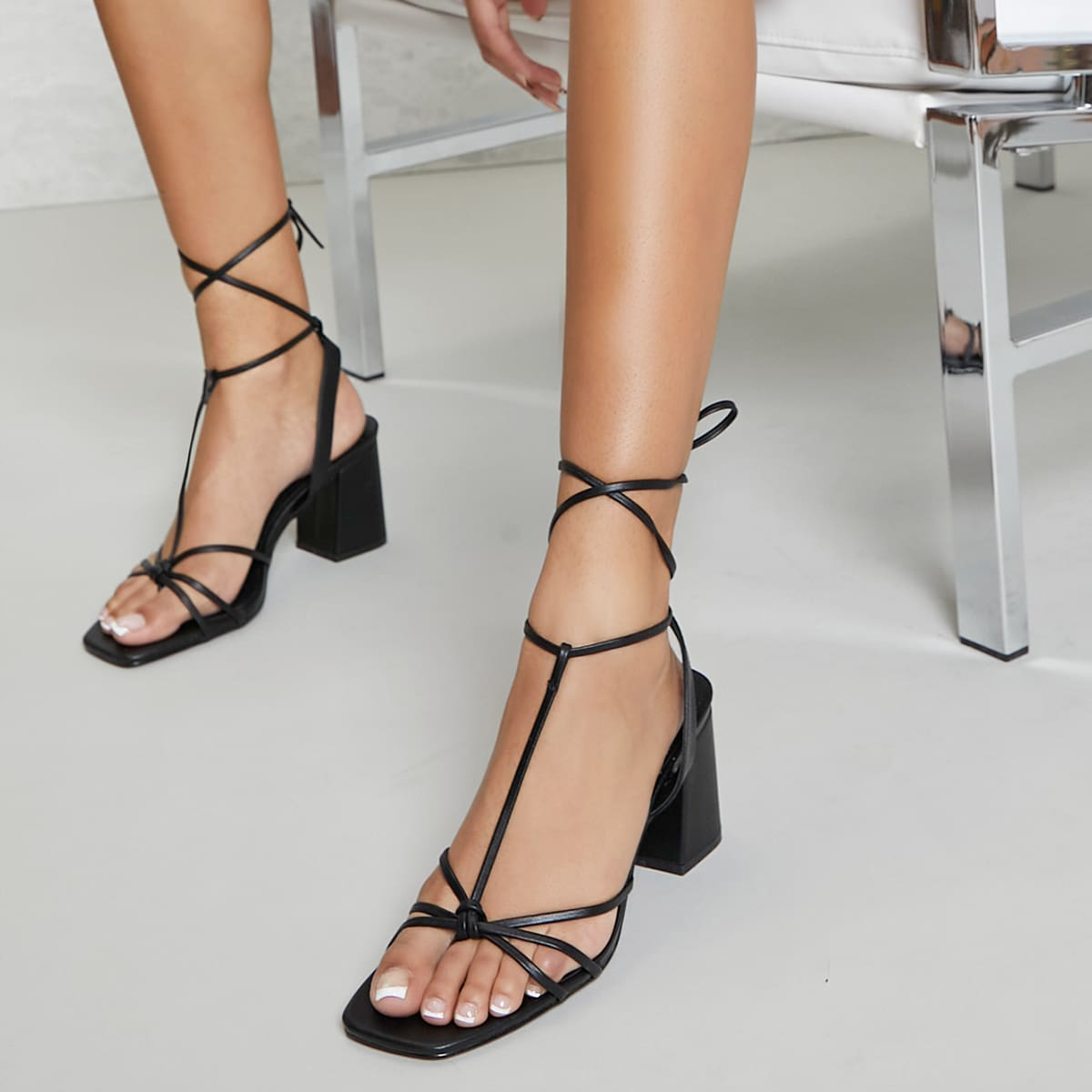 Туфли на шнурках из искусственной кожи