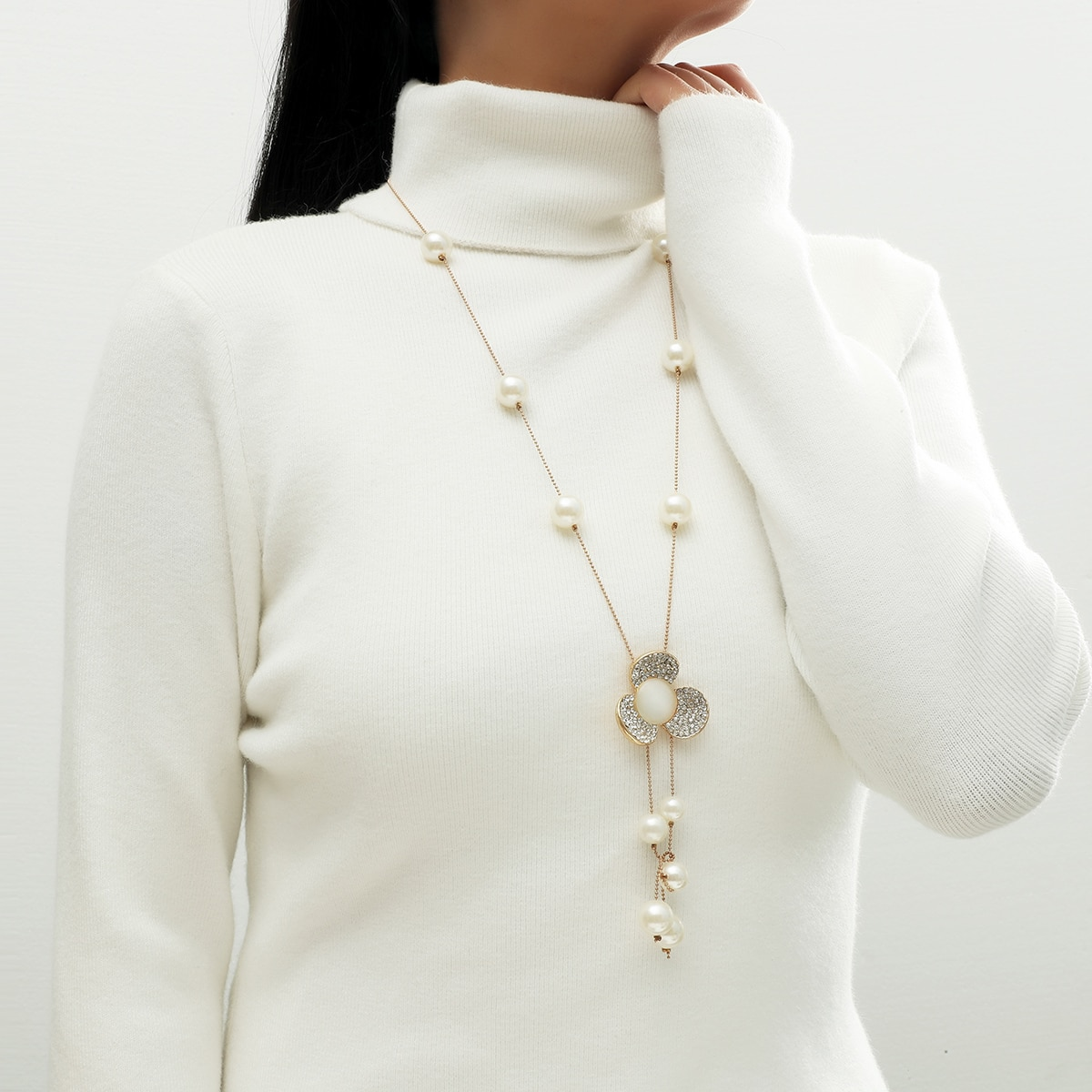 Faux Pearl & Flower Charm Necklace, SHEIN  - buy with discount