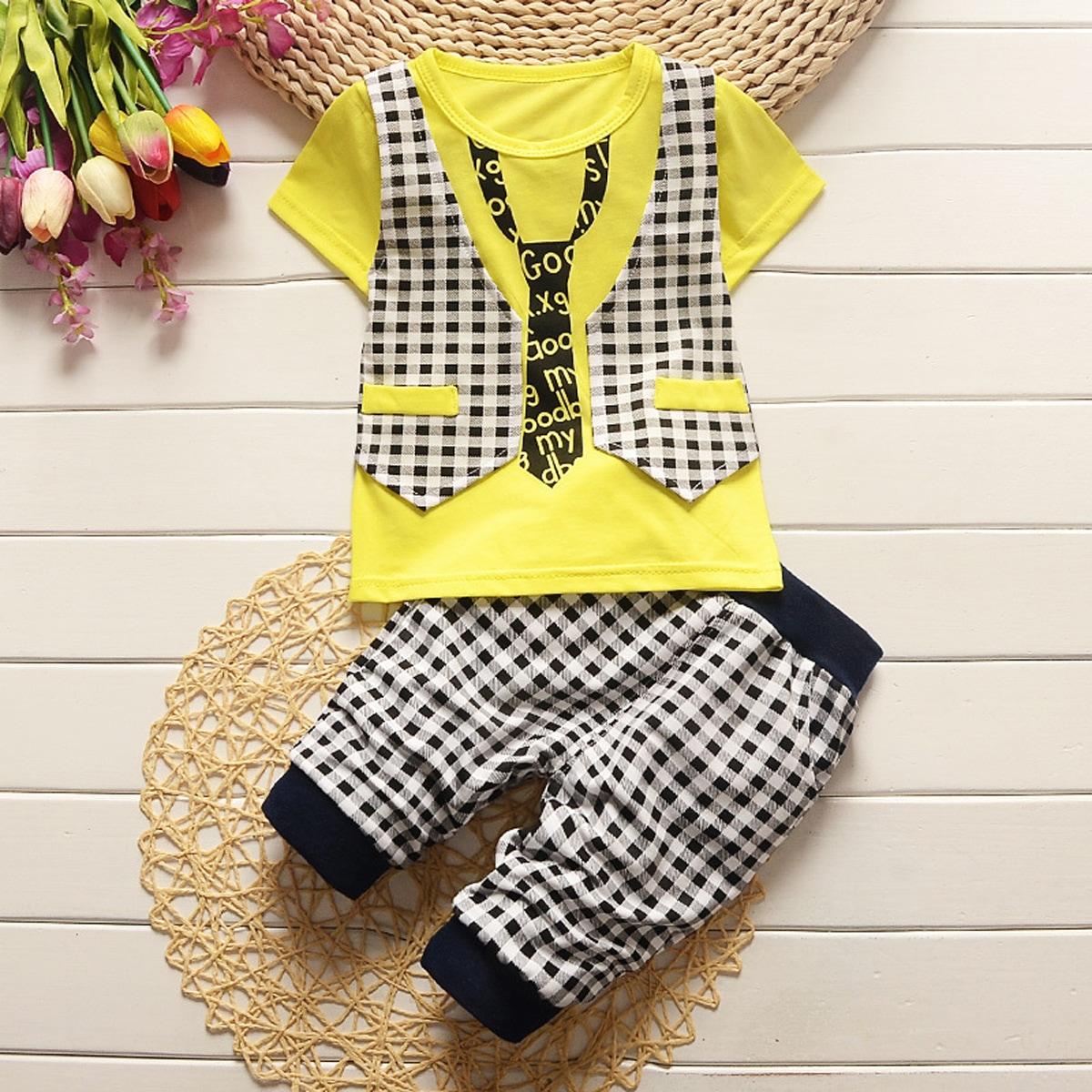 T-Shirt mit Buchstaben & Plaid Muster & Hose
