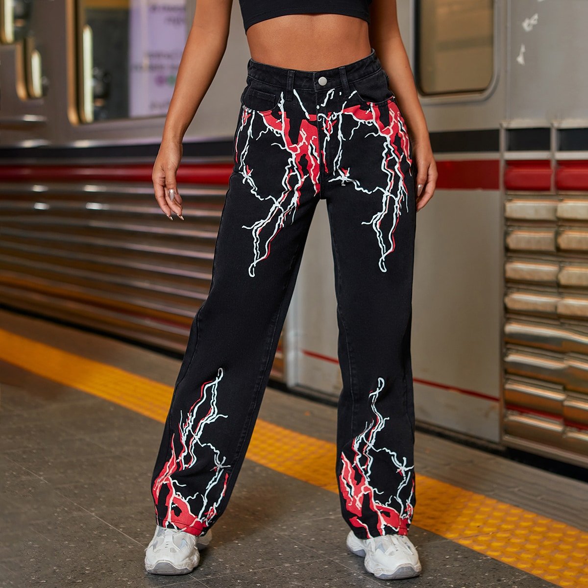 Прямые джинсы с принтом молнии и высокой талией по цене 1 920