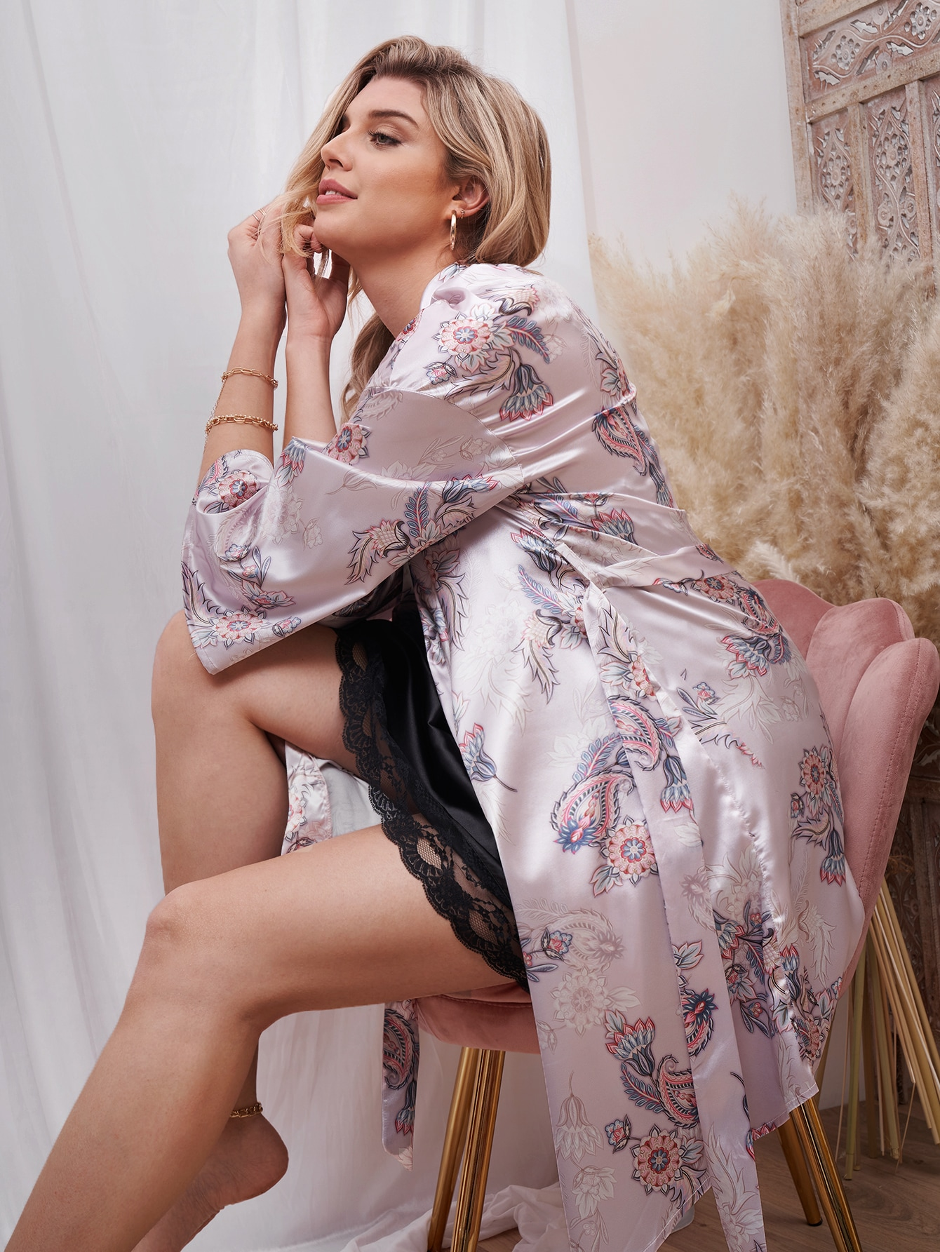 Plus 1Pc Satin Floral Print Belted Robe