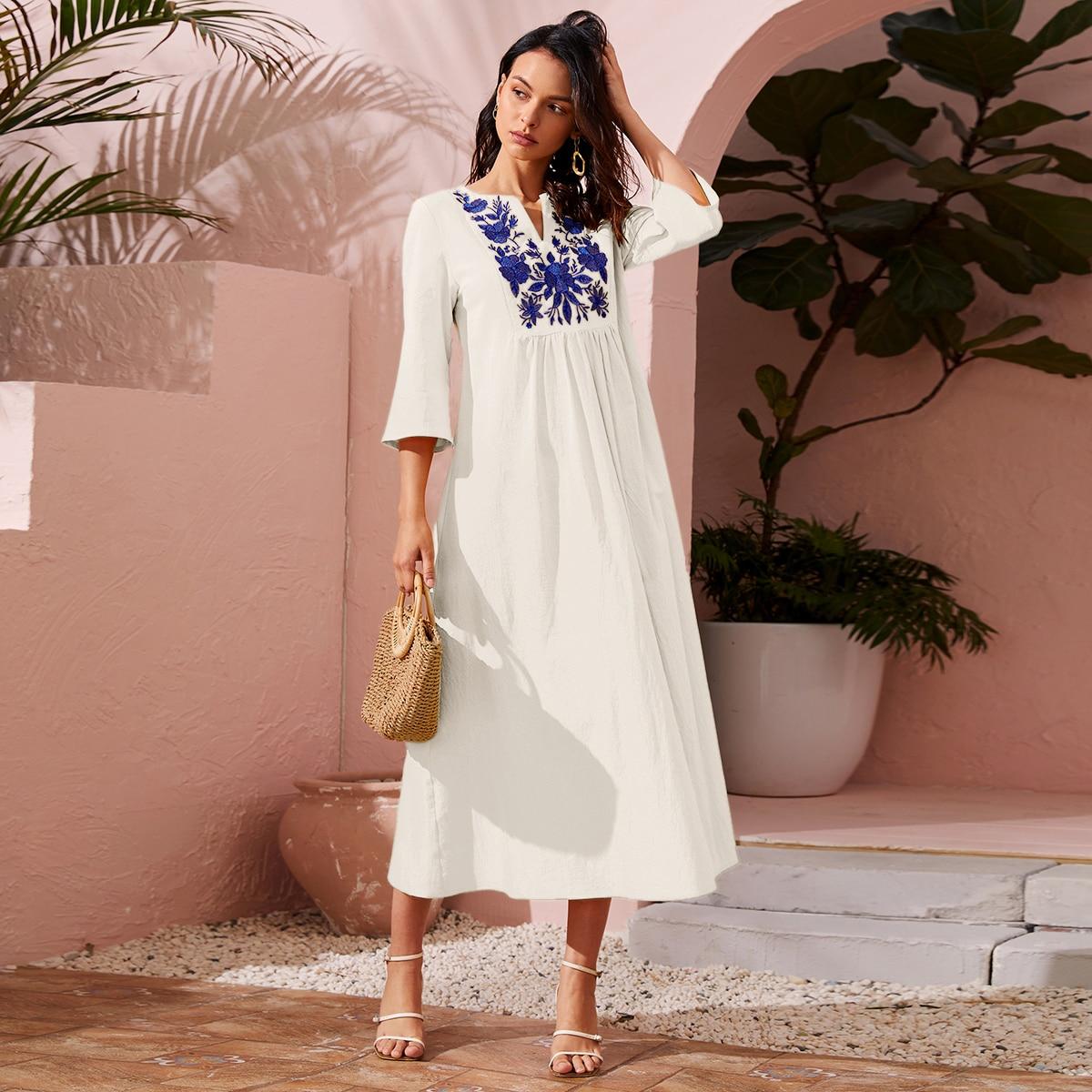 с вышивкой Со цветочками Бохо Арабские платья по цене 1 152