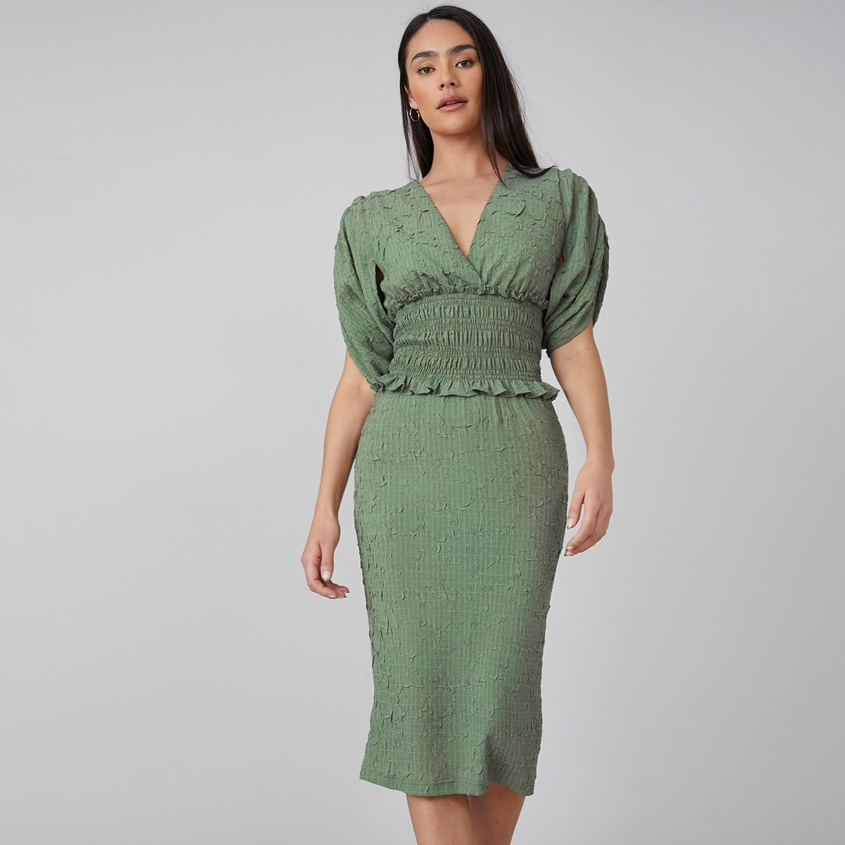 100% VISCOSE TEXTURED FITTED DRESS