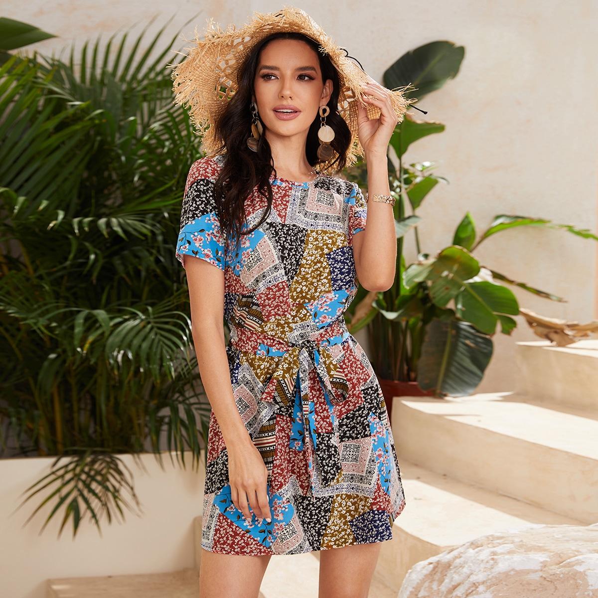 на пуговицах Цветочный принт Бохо Платье по цене 480