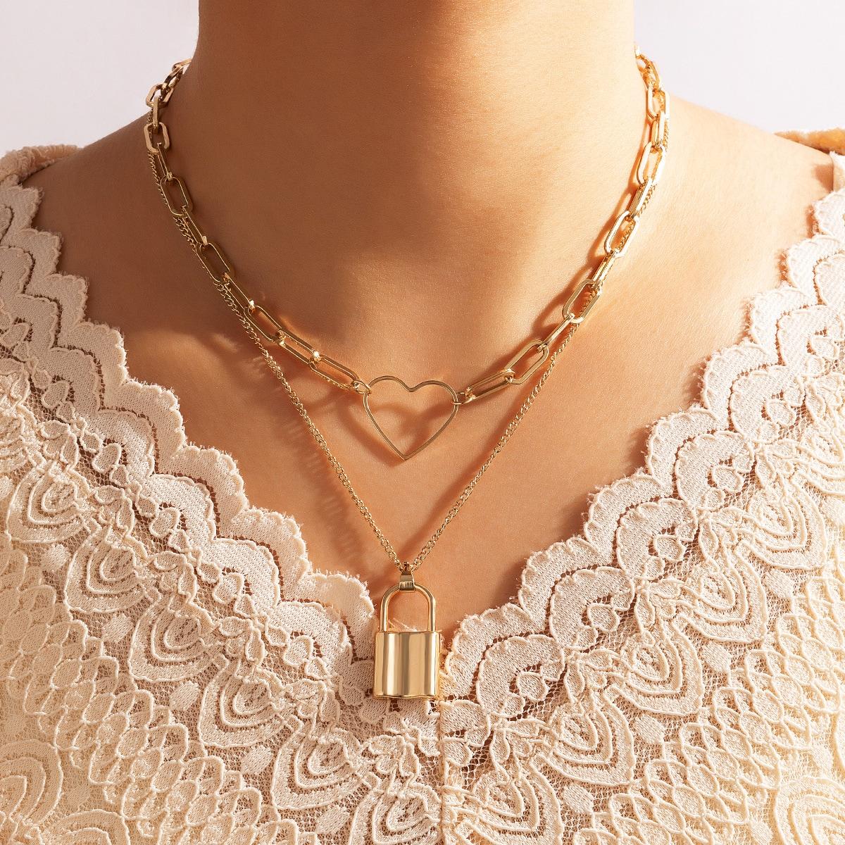 Повседневный Ожерелья по цене 100