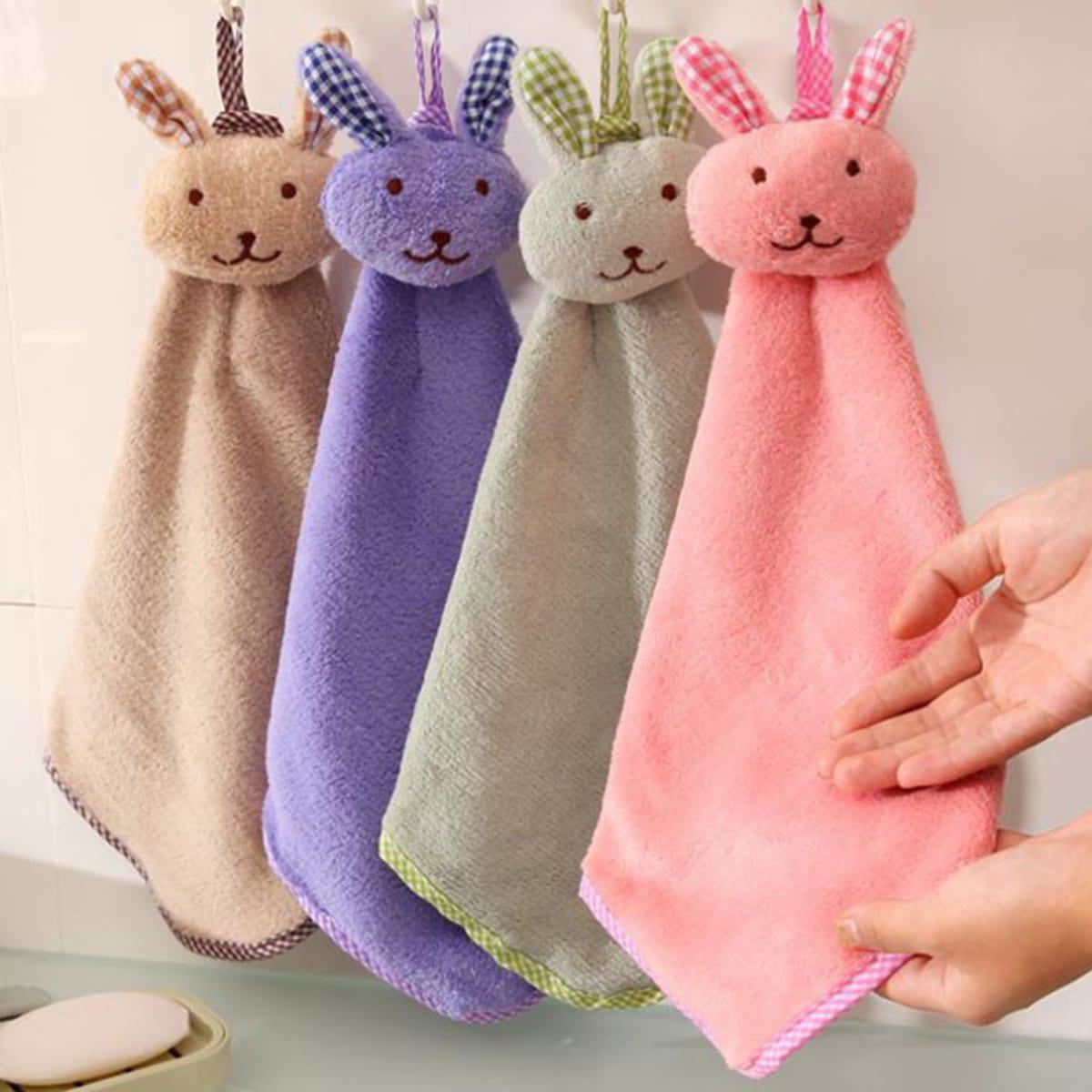 2Pcs Rabbit Design Random Hand Towel