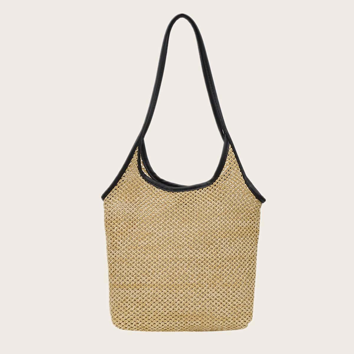 Соломенная сумка с контрастной отделкой по цене 530