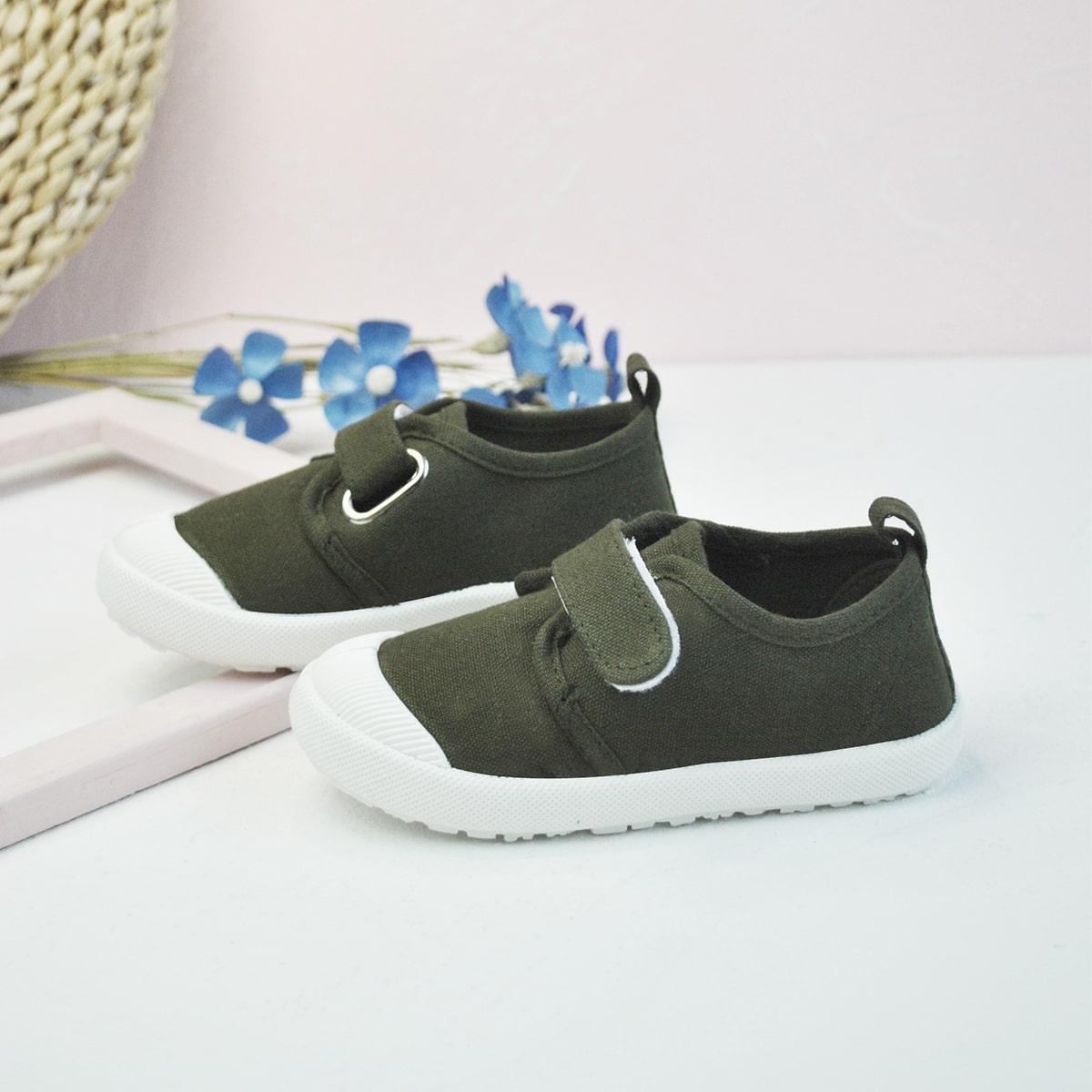 Одноцветный Детские кроссовки по цене 850