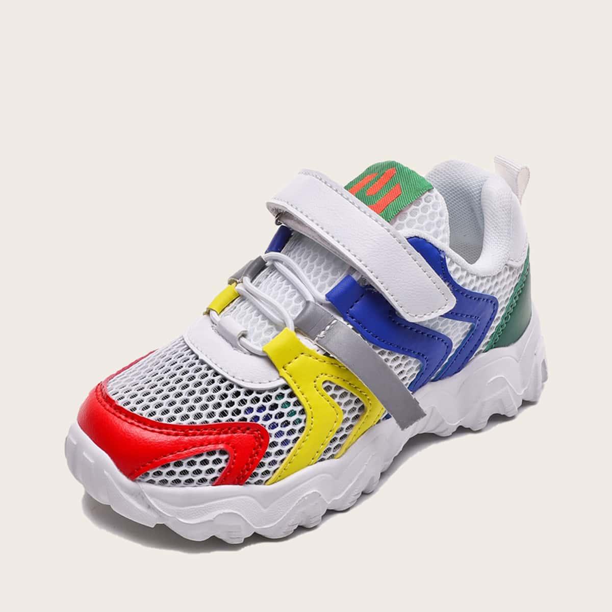 на шнурках Контрастный цвет Детские кроссовки по цене 1 480