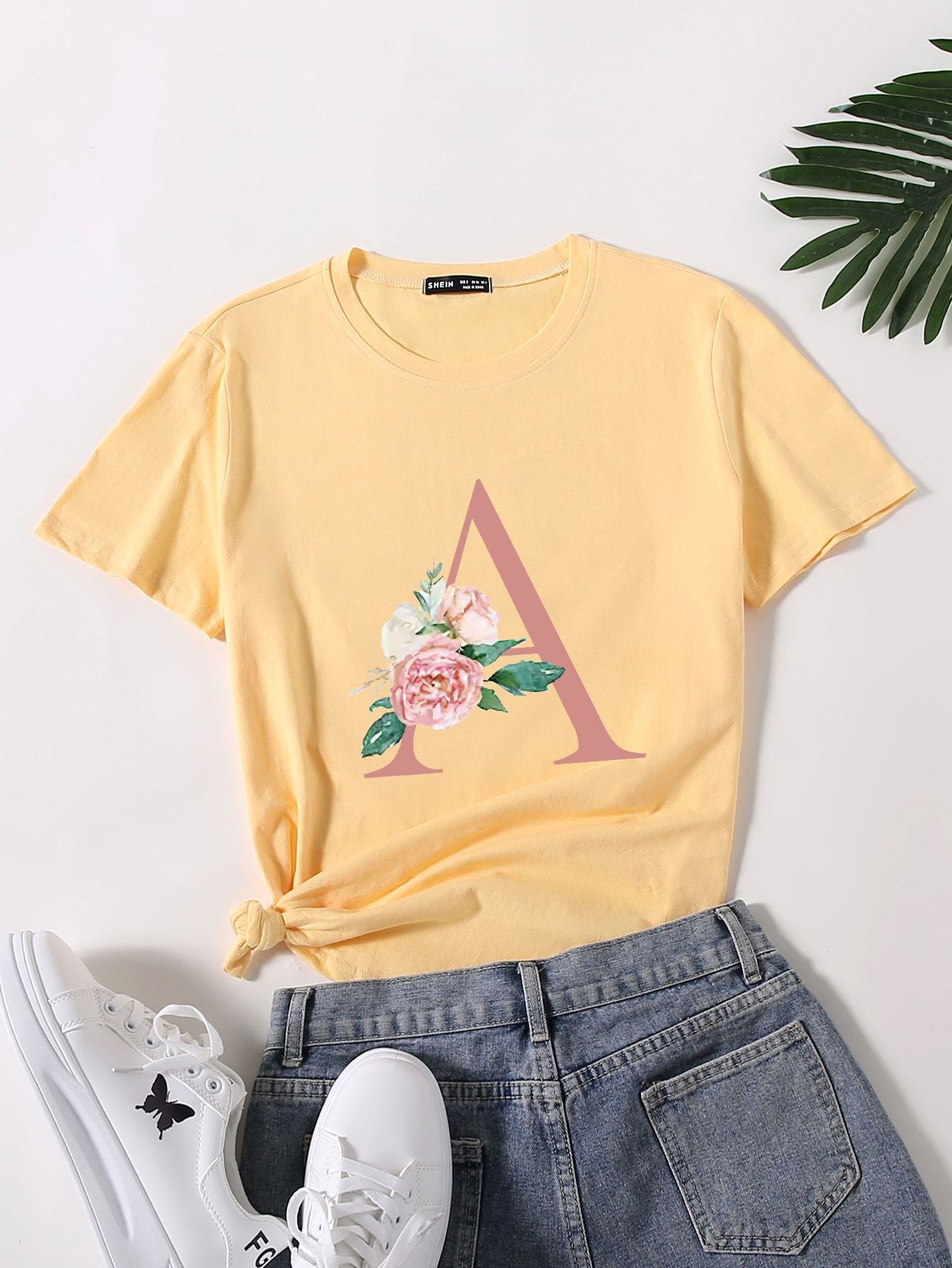 Letter & Floral Print Round Neck Tee