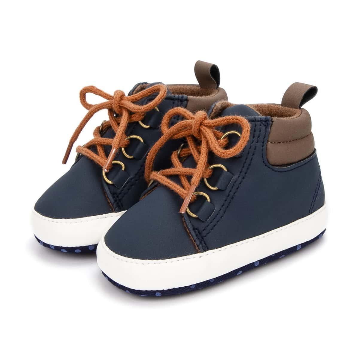 на шнурках Одноцветный Кроссовки для малышей по цене 430