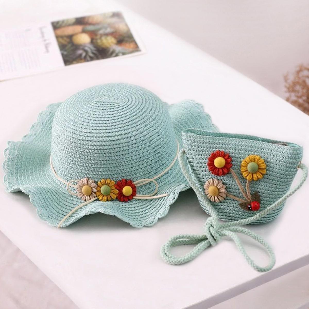 с аппликацией Со цветочками Комплекты детских сумок по цене 650