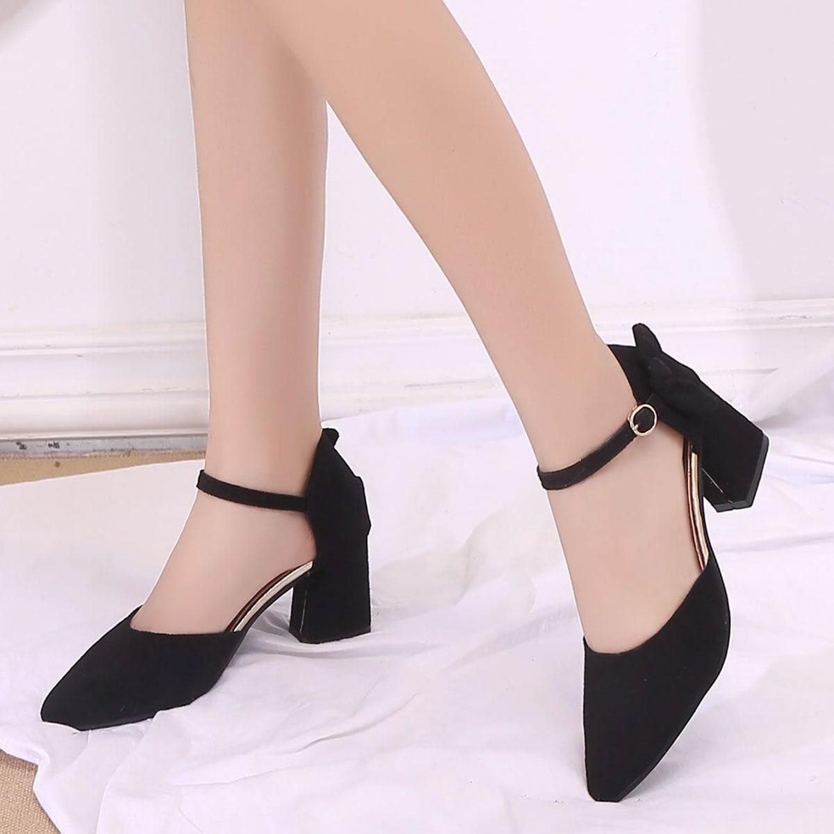Утеплённые толстые туфли на высоких каблуках и лодыжка с шнурками от SHEIN