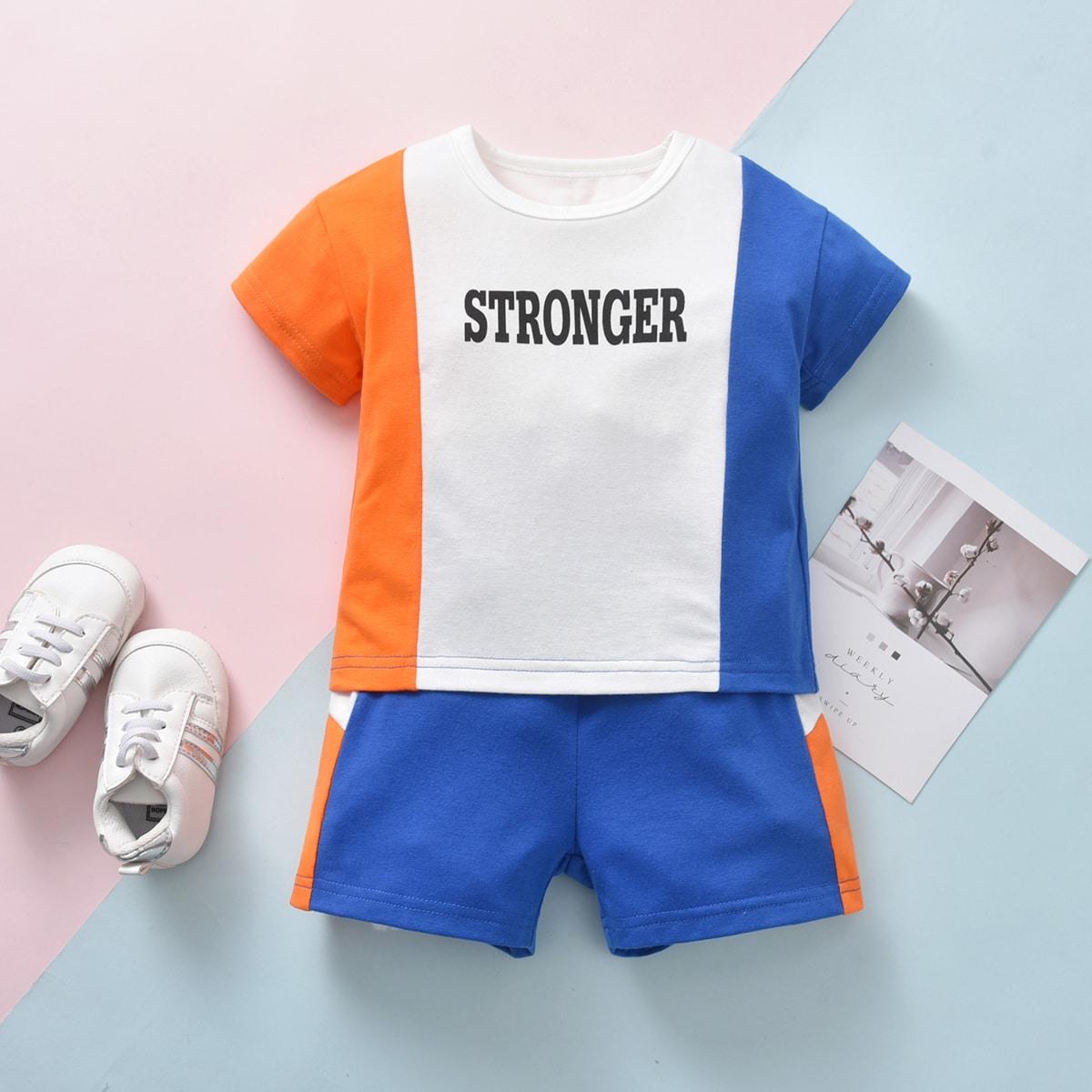 T-Shirt mit Buchstaben und Farbblock Muster