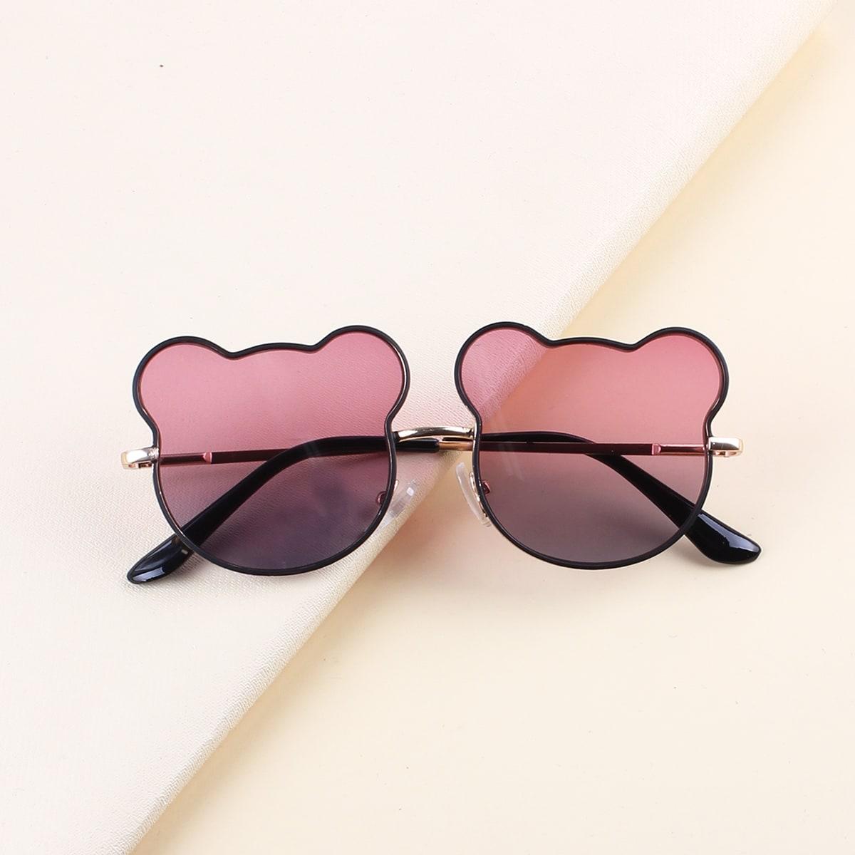 Детские солнцезащитные очки в мультипликационной оправе