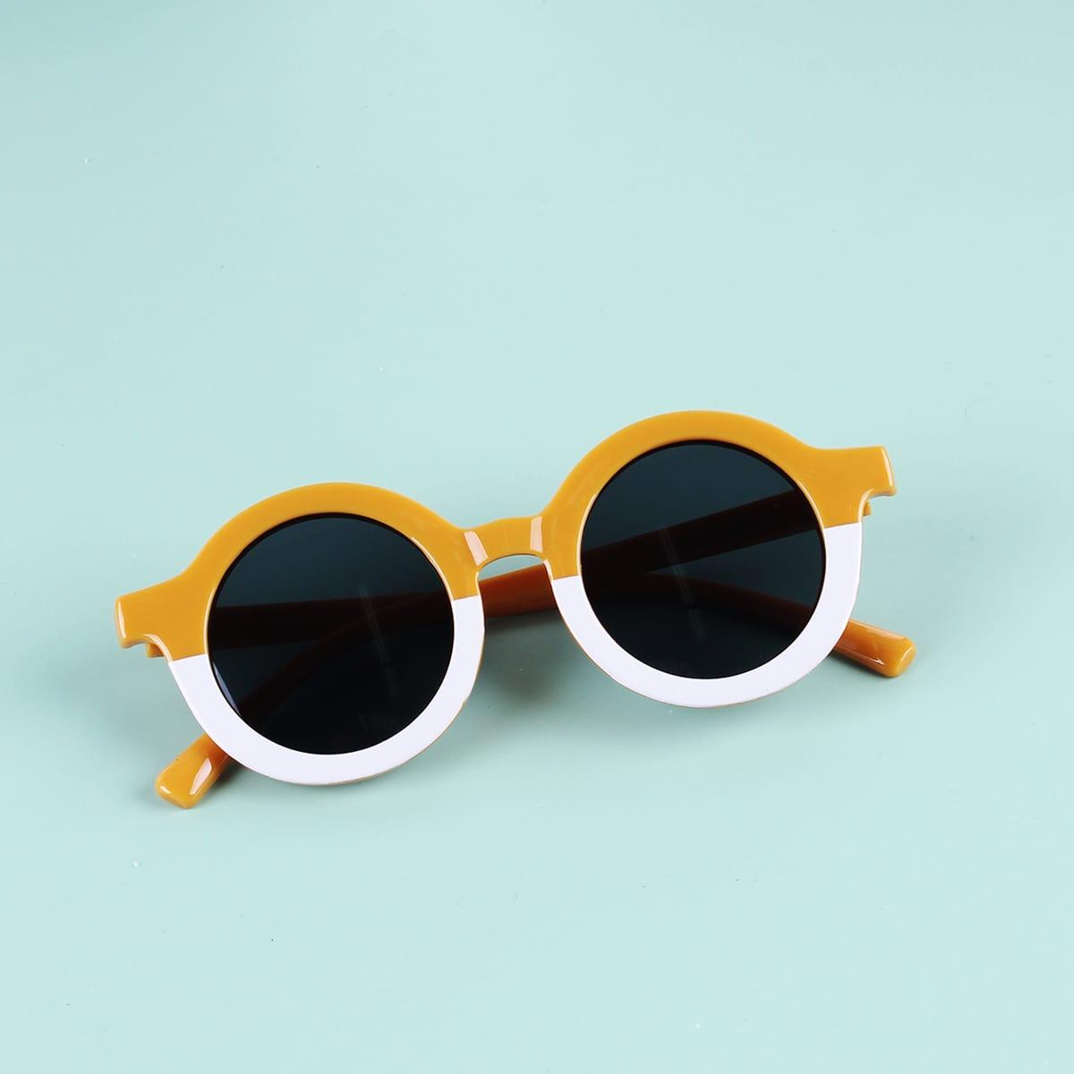 Детские солнцезащитные очки в круглой оправе