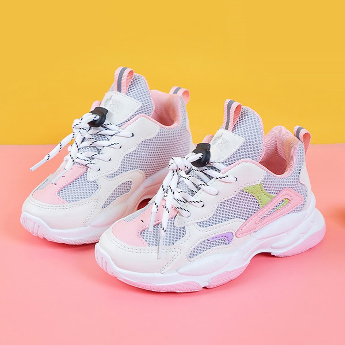 Контрастные сетчатые кроссовки на платформе для девочек по цене 1 250