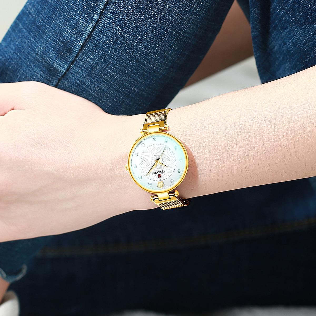 Rhinestone Decor Mesh Strap Quartz Watch