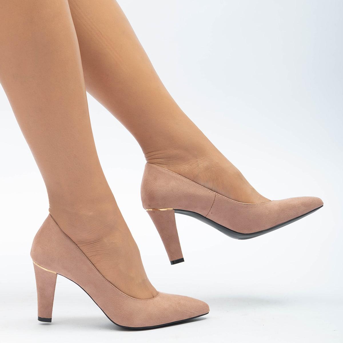 Замшевые туфли-лодочки на высоком каблуке от SHEIN