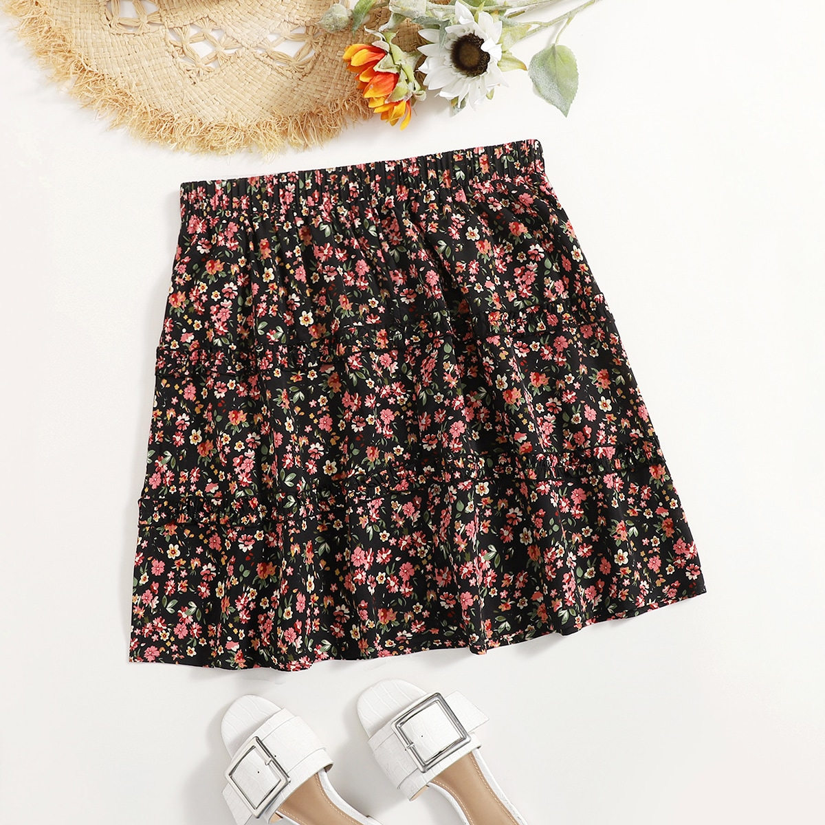 Plus Ditsy Floral Flared Skirt, SHEIN  - buy with discount
